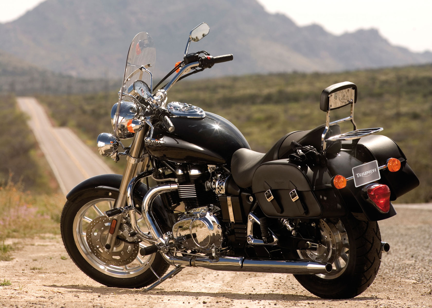 2009 triumph speedmaster: pics, specs and information