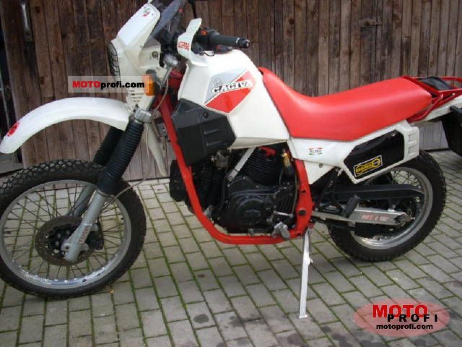 Cagiva STX 350 Ala Rossa 1983 wallpapers #136826