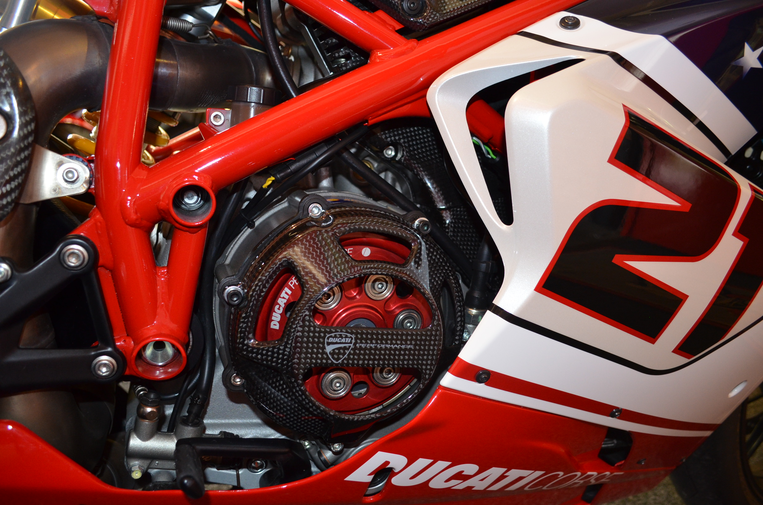 Ducati Superbike 1098 R Bayliss Limited Edition 2009 wallpapers #12442