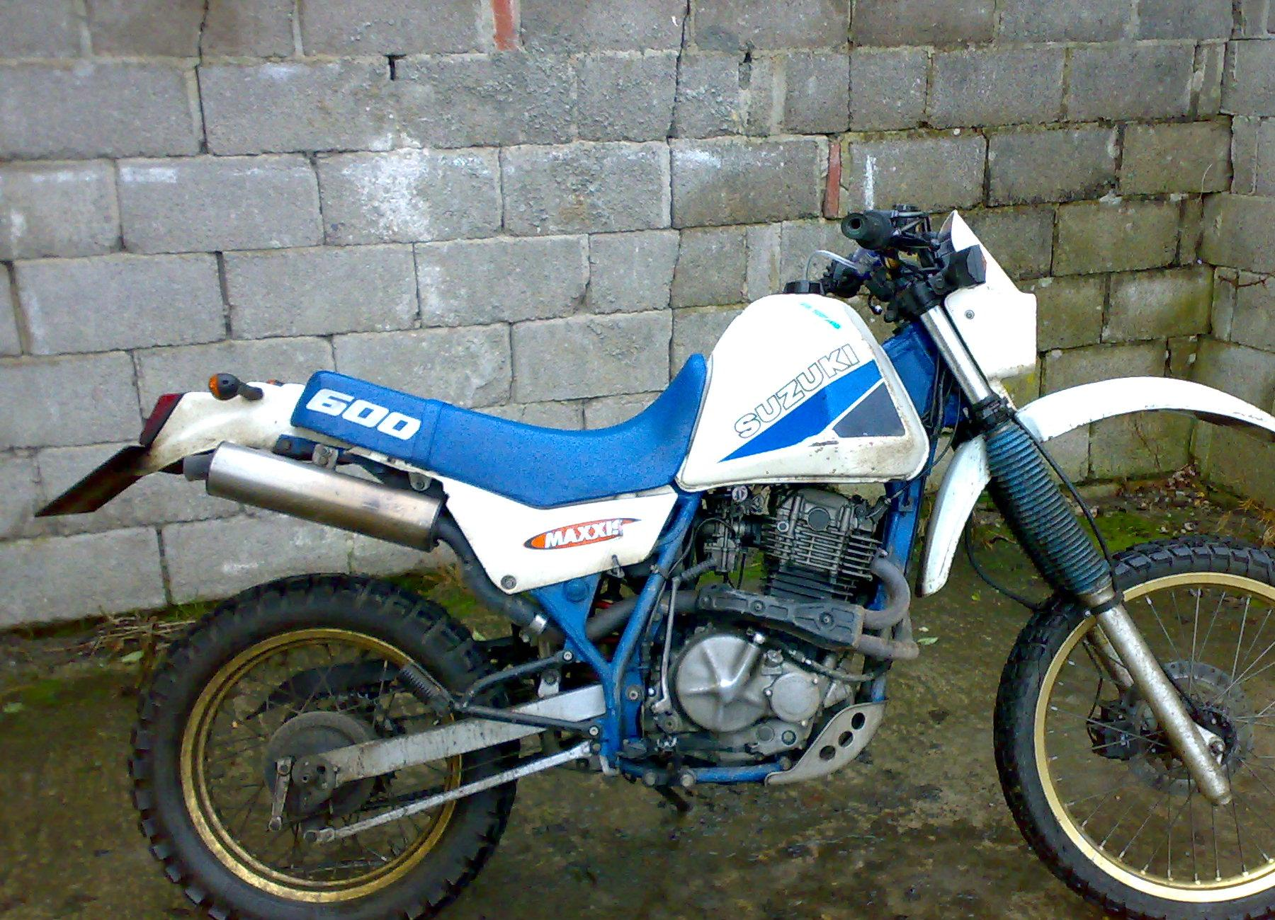 Suzuki DR 600 R Dakar 1988 wallpapers #160533