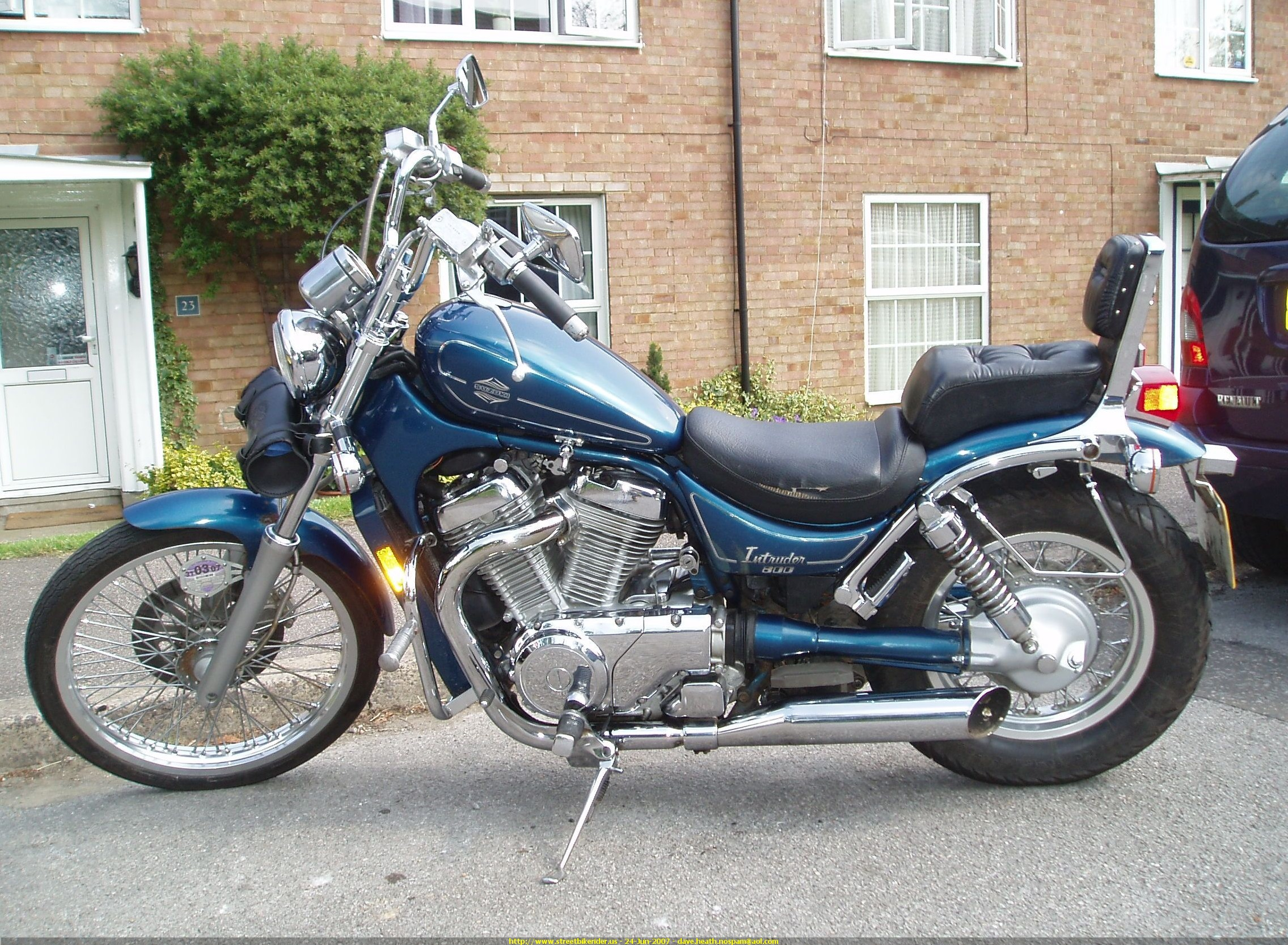 1990 Suzuki VS 750 Intruder: pics, specs and information