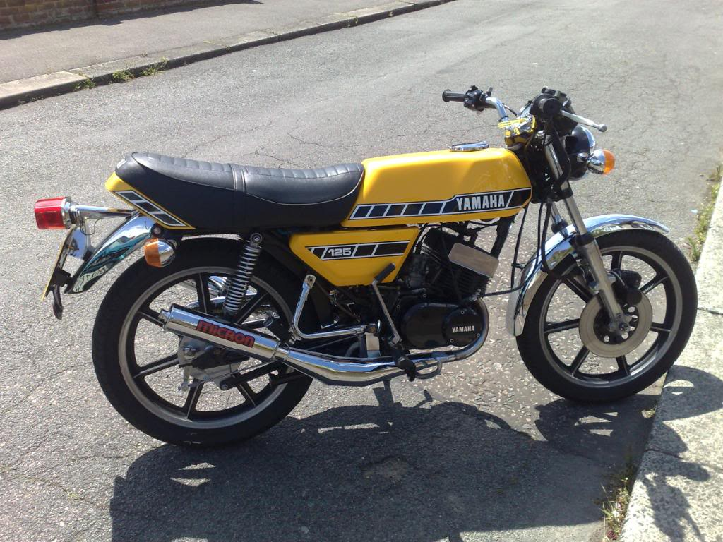 1986 yamaha rd 125 lc pics specs and information. Black Bedroom Furniture Sets. Home Design Ideas