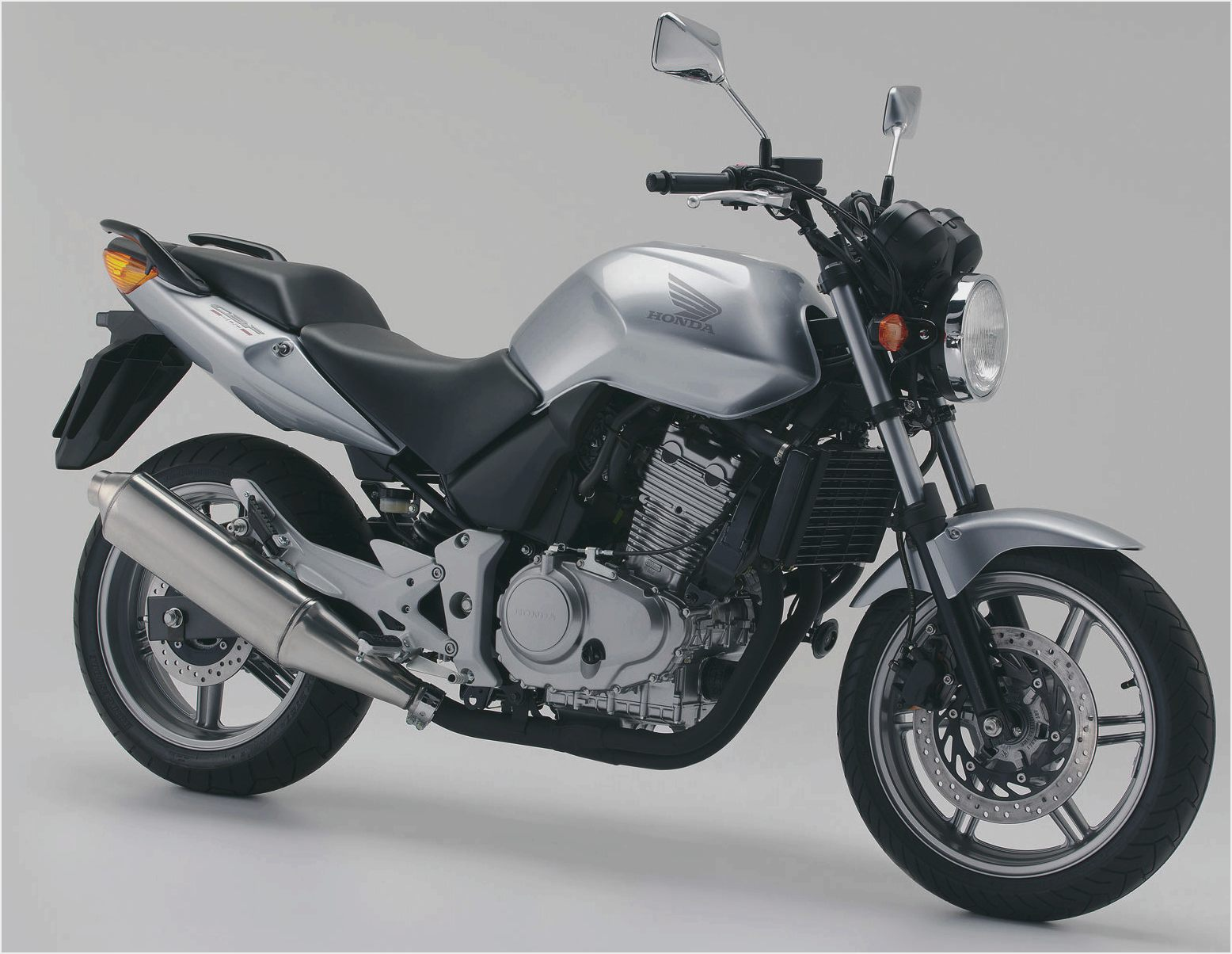 2004 honda cbf 500 pics specs and information. Black Bedroom Furniture Sets. Home Design Ideas