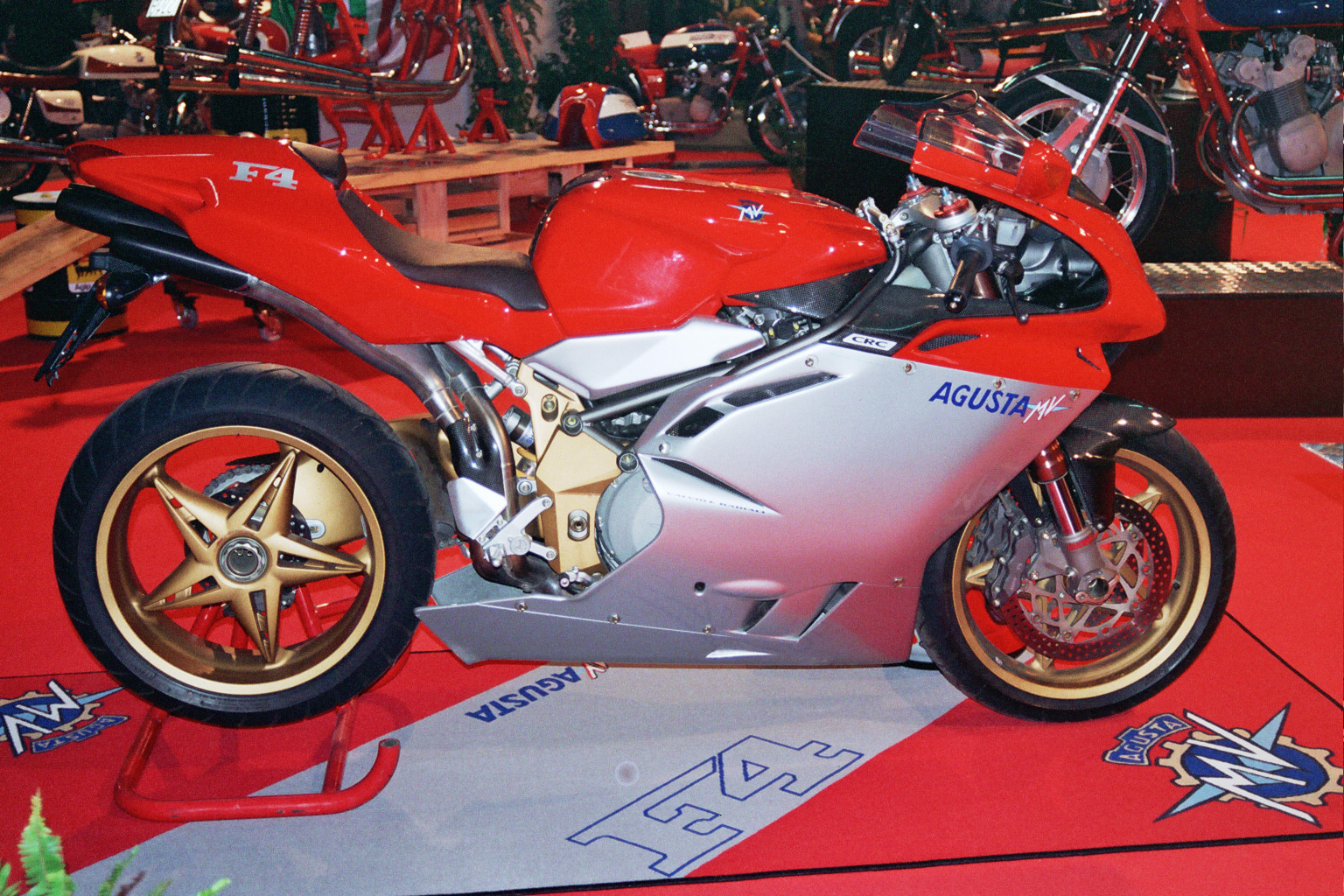 MV Agusta F4 750 Serie Oro 2003 images #113901