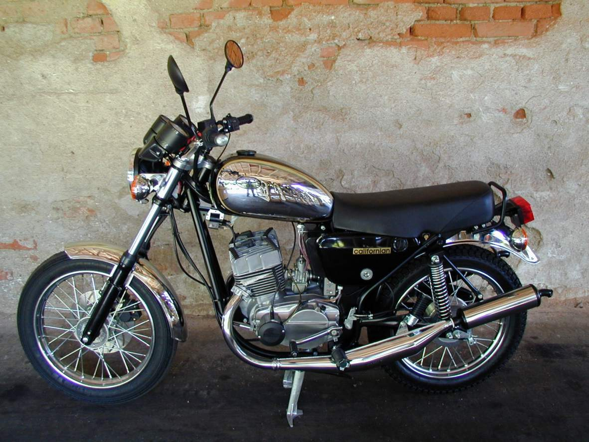 1984 jawa 350 de luxe 634 6 pics specs and information. Black Bedroom Furniture Sets. Home Design Ideas