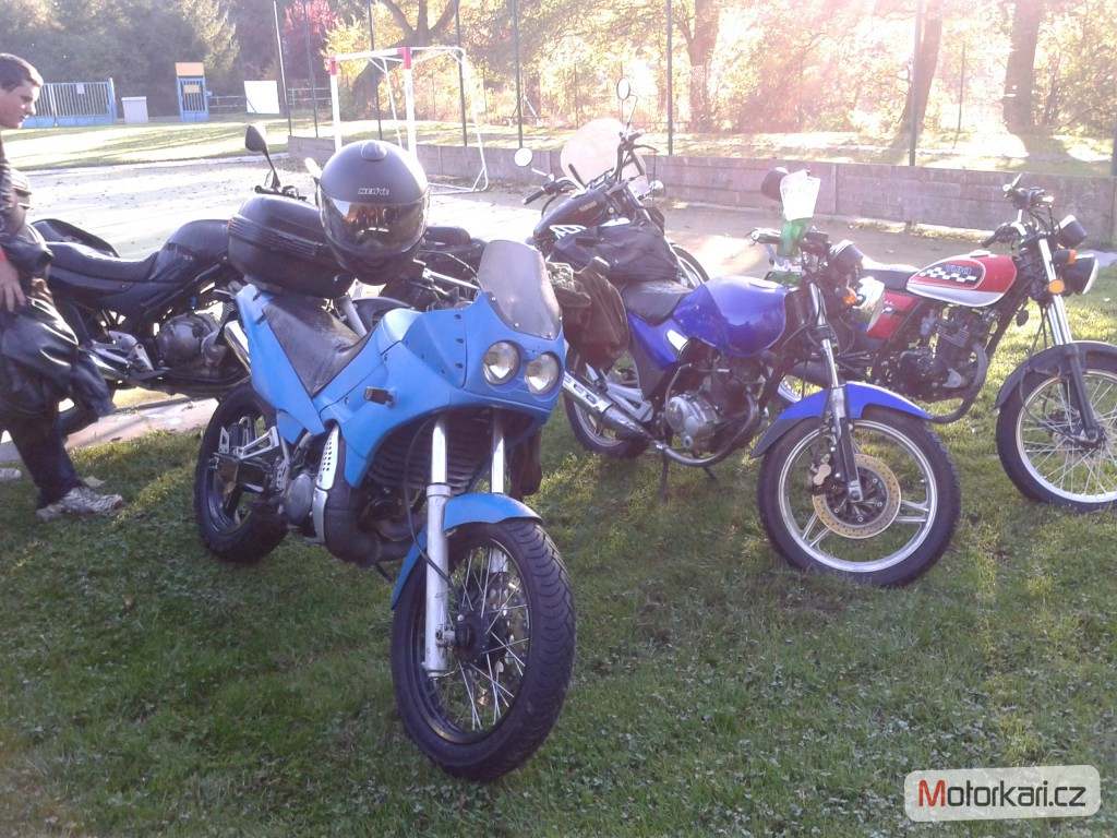 1994 yamaha tdr 125 pics specs and information. Black Bedroom Furniture Sets. Home Design Ideas