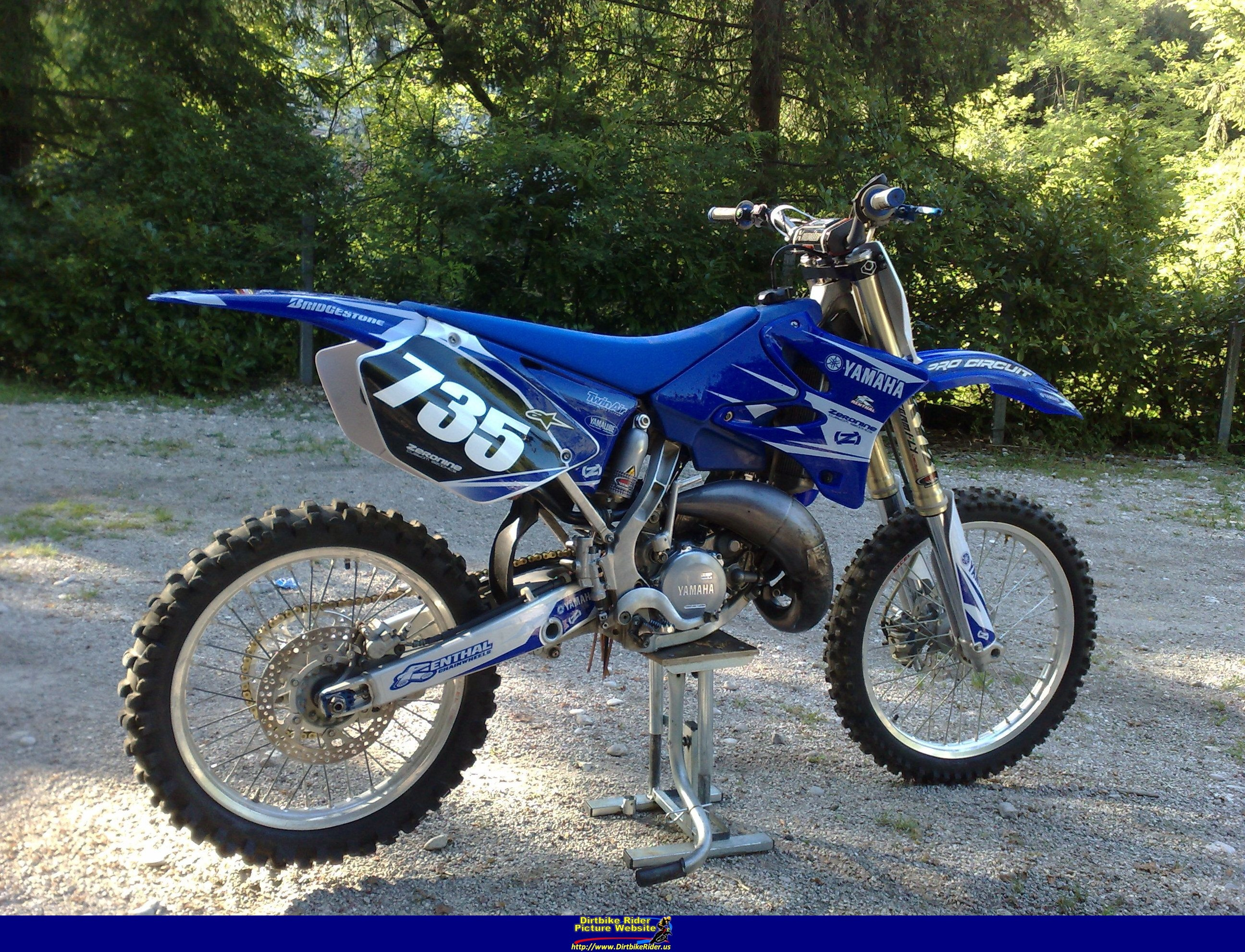 2005 yamaha yz 125 pics specs and information. Black Bedroom Furniture Sets. Home Design Ideas