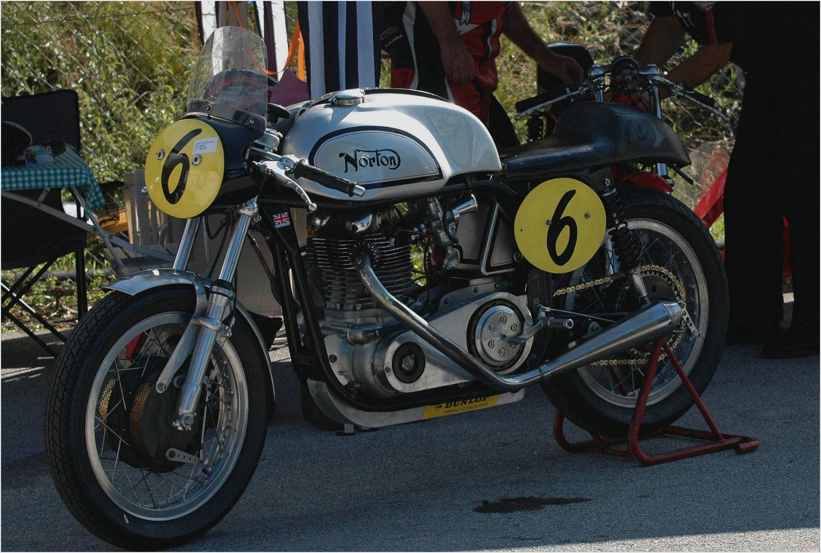 Norton Cafe Racer 750 2004 images #118162