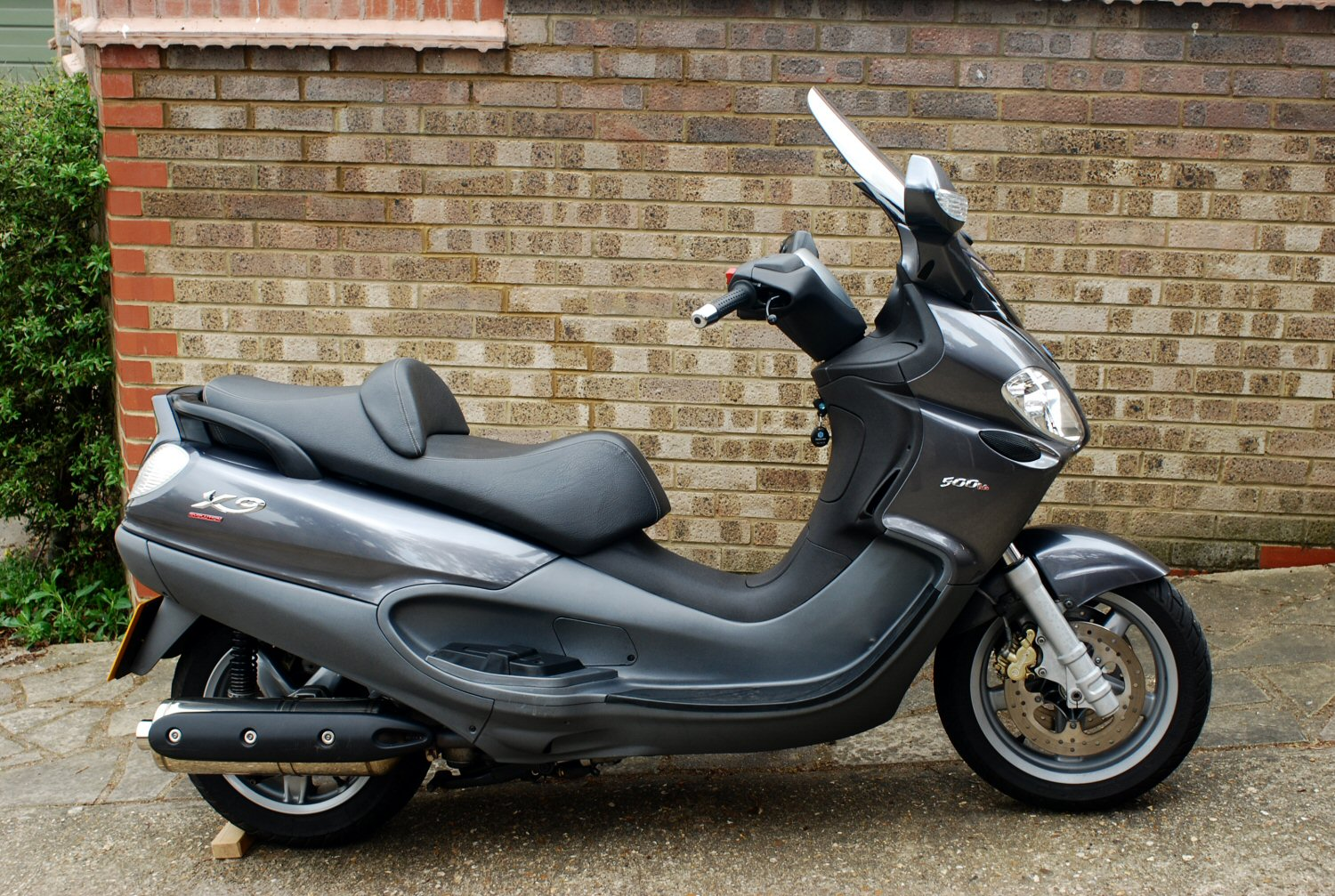 2004 piaggio x9 evolution 500 pics specs and information. Black Bedroom Furniture Sets. Home Design Ideas