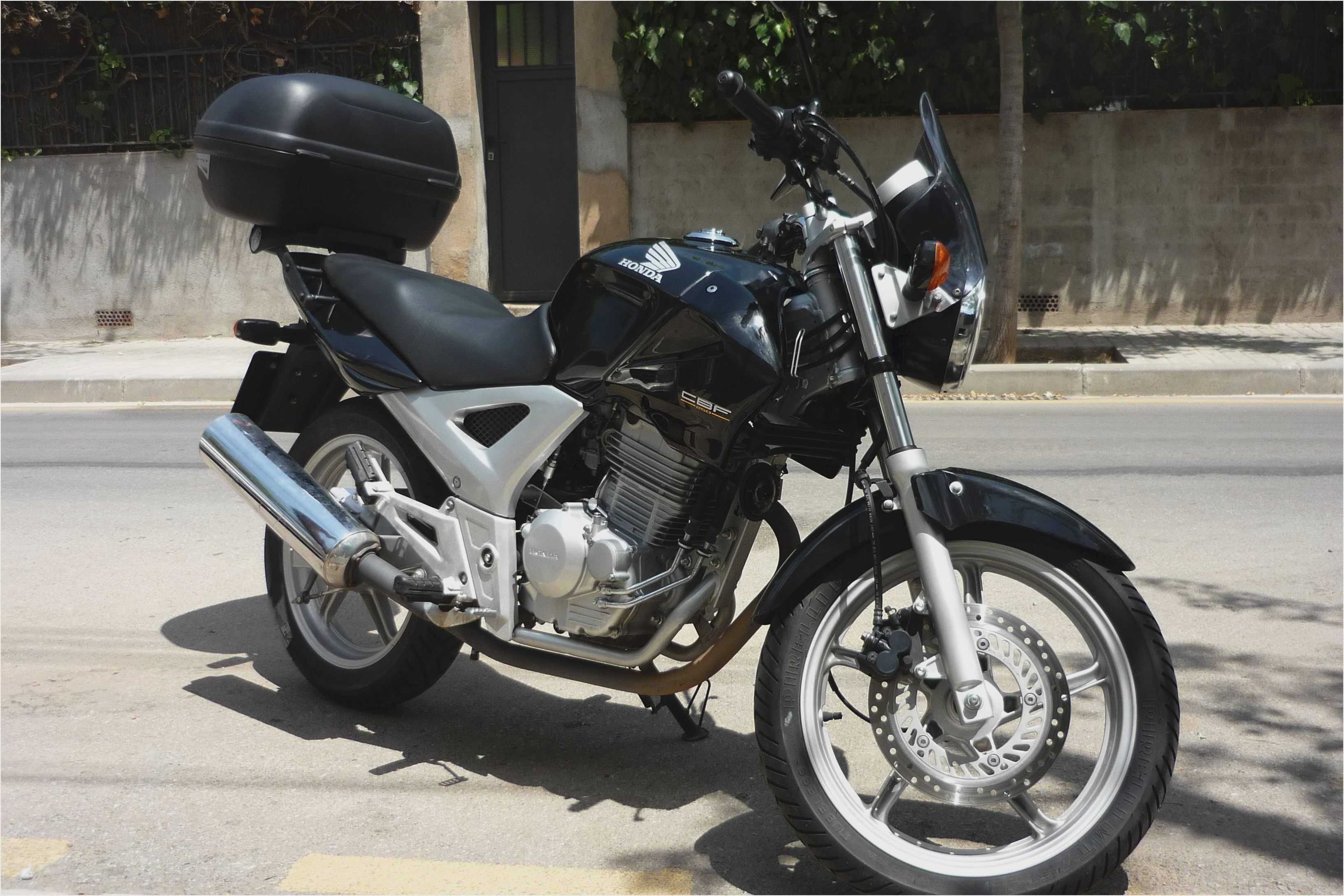 honda cbf 125 pics specs and list of seriess by year. Black Bedroom Furniture Sets. Home Design Ideas