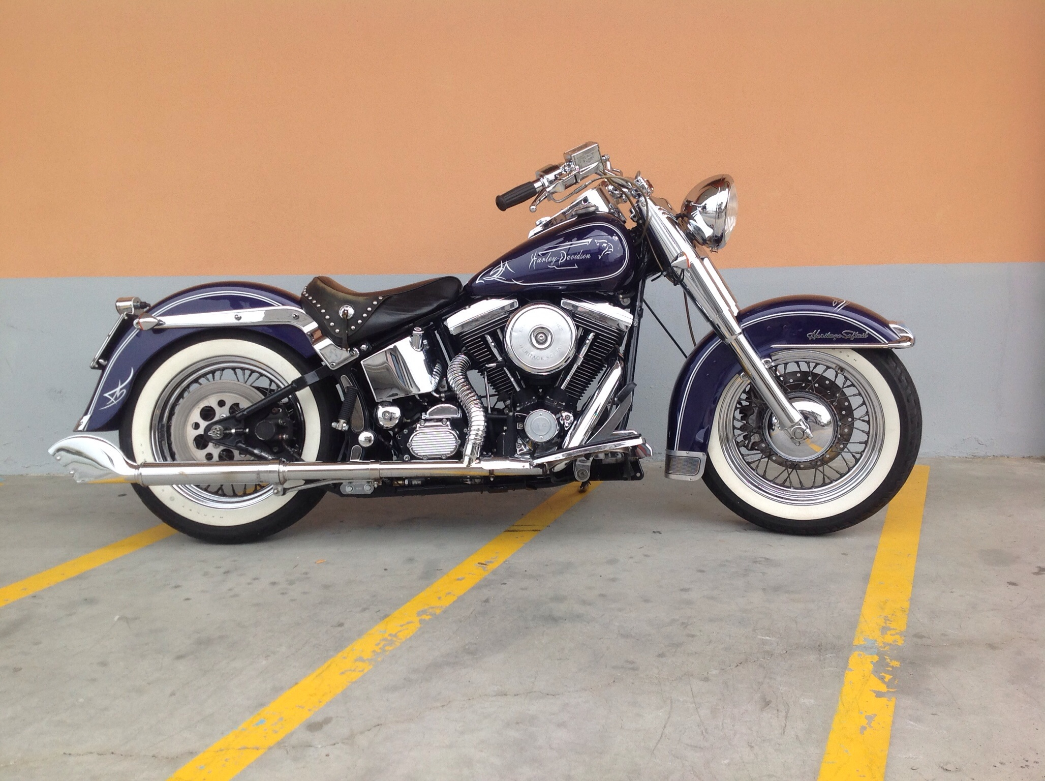 Harley-Davidson FLSTC Heritage Softail Classic 1998 images #80157