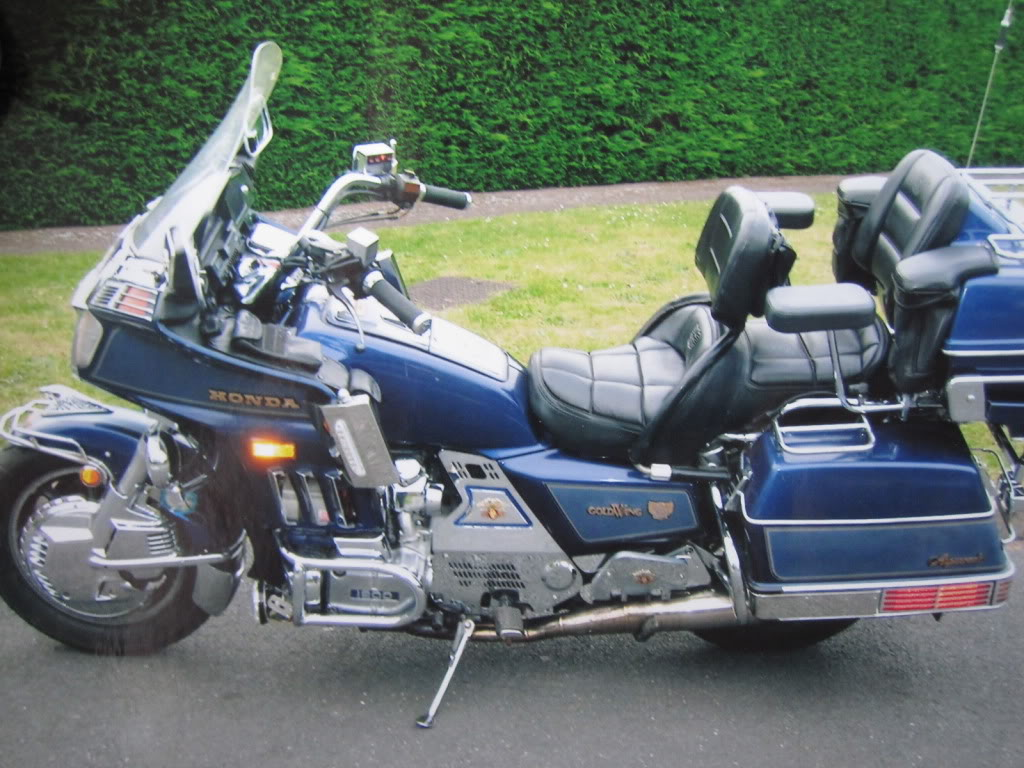 Honda Gl 1200 Gold Wing Pics Specs And List Of Seriess By Year Onlymotorbikes Com