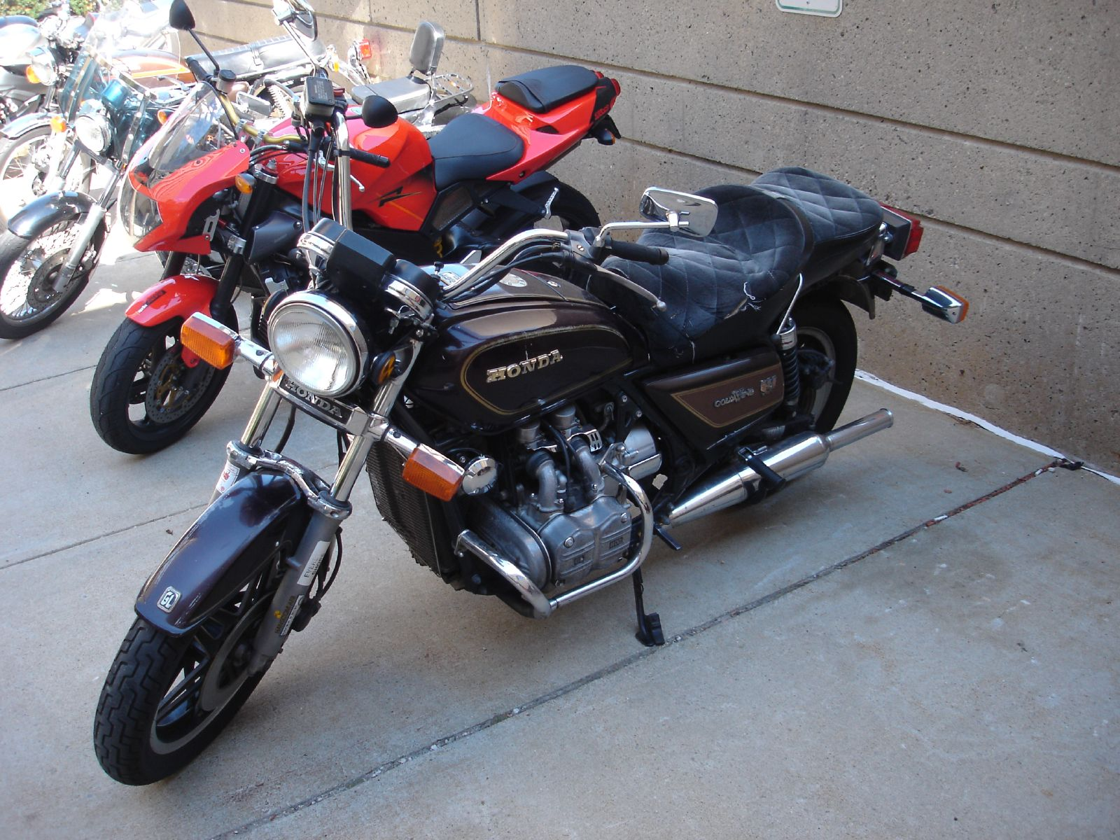 Honda GL 1200 Gold Wing images #80948