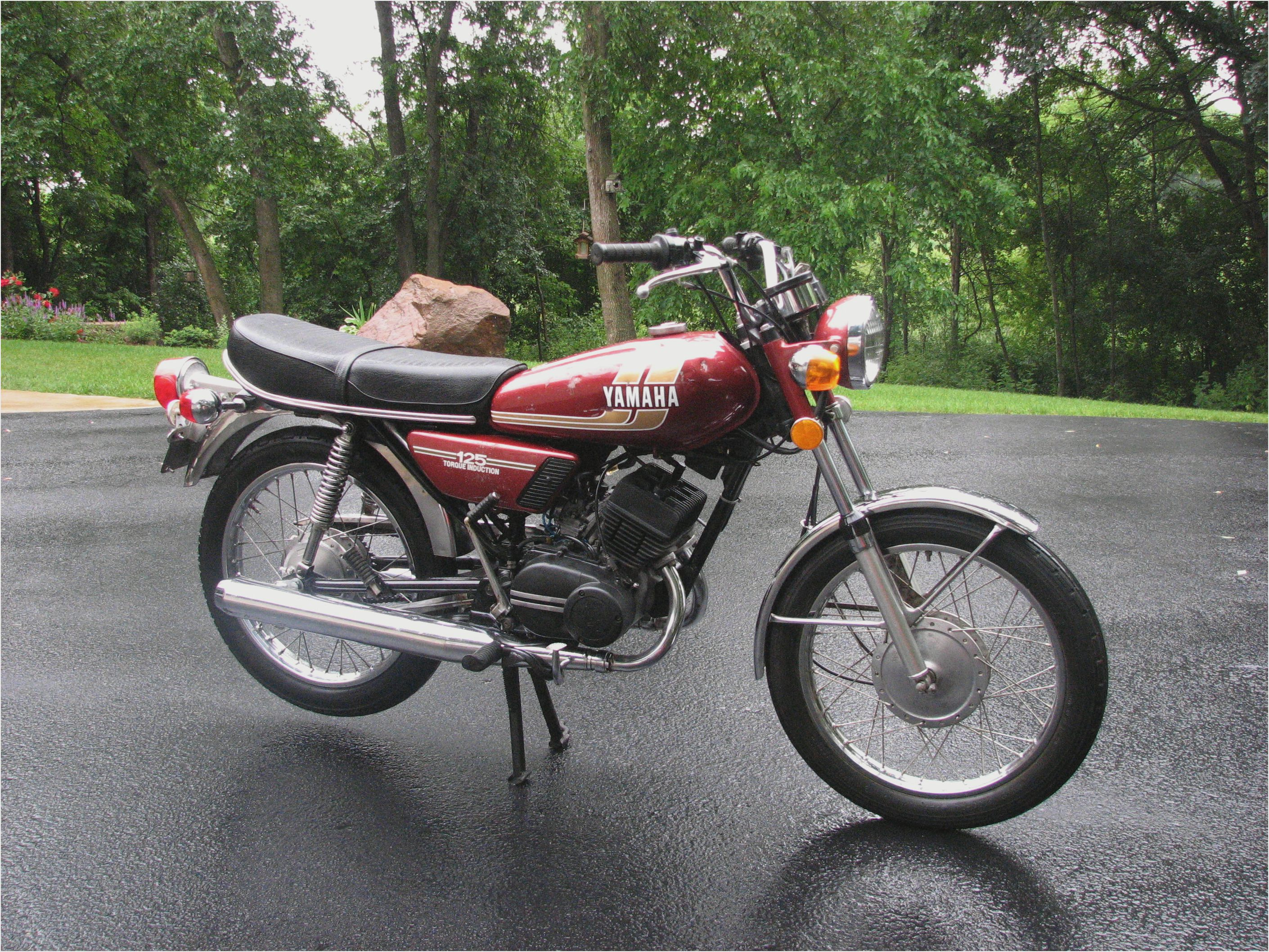 1973 yamaha rd 125 pics specs and information. Black Bedroom Furniture Sets. Home Design Ideas