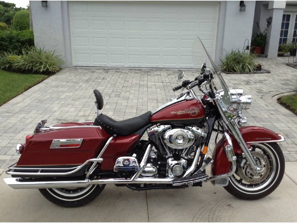 Harley-Davidson FLHRC Road King Classic 2004 pics #18210
