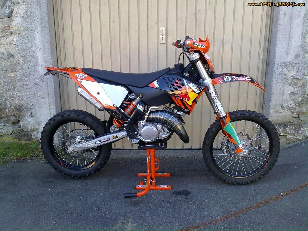 2009 ktm 125 exc pics specs and information. Black Bedroom Furniture Sets. Home Design Ideas
