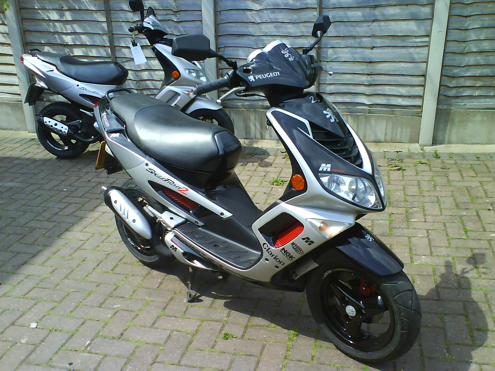 2002 peugeot speedfight 2 50 pics specs and information. Black Bedroom Furniture Sets. Home Design Ideas