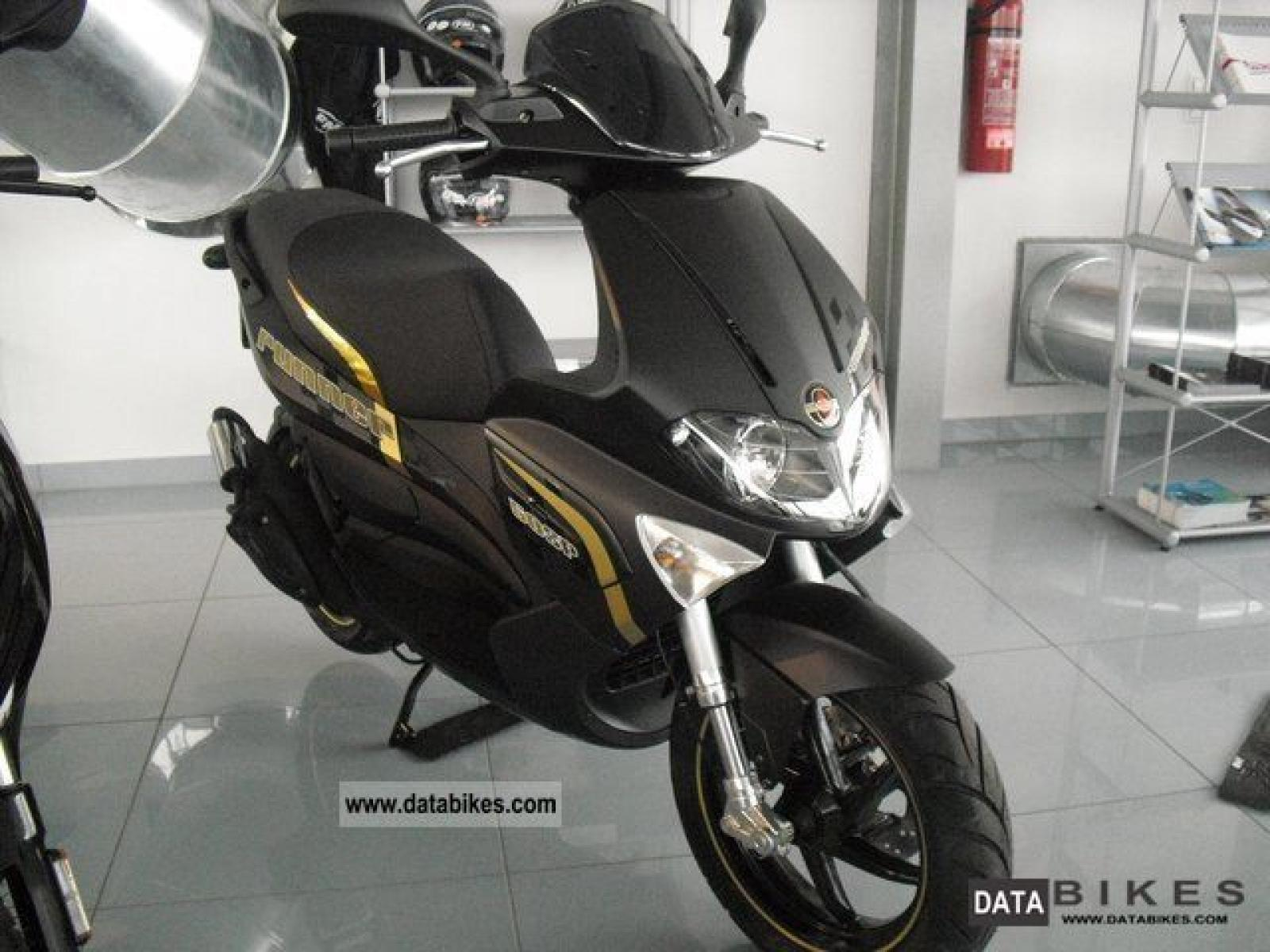 Gilera Runner 50 Black Soul 2015 images #76485