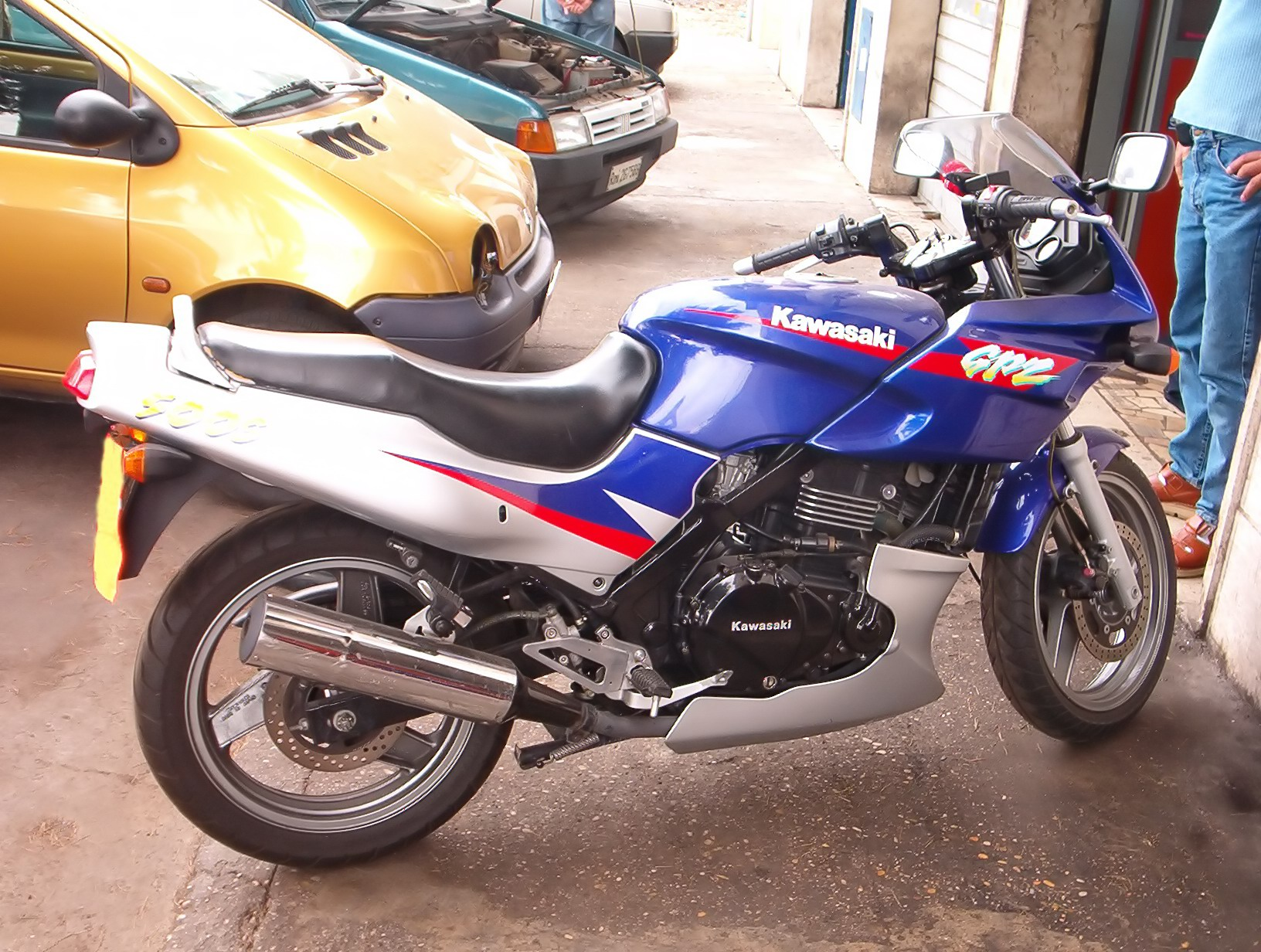 Kawasaki GPZ 500 S (reduced effect) pics #30907