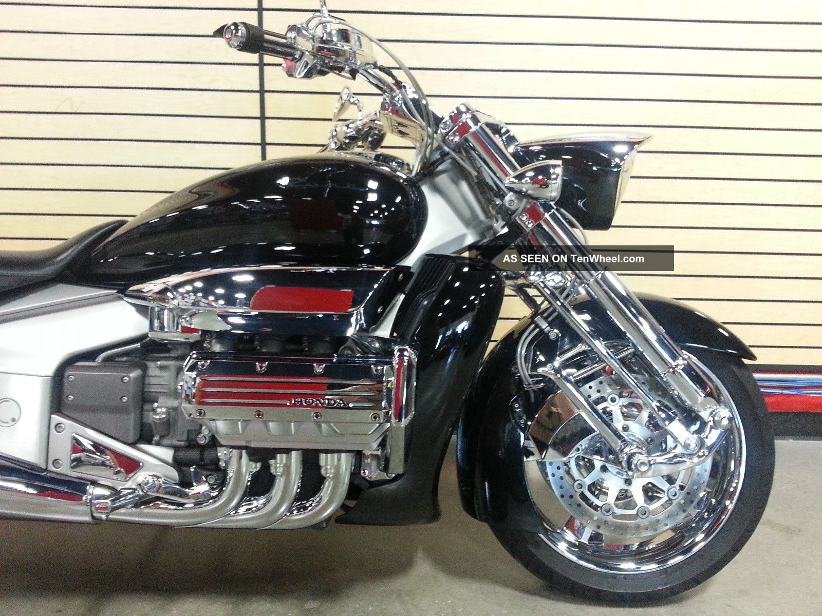 Back Honda Valkyrie Rune Picture 20 Size 1600x1200