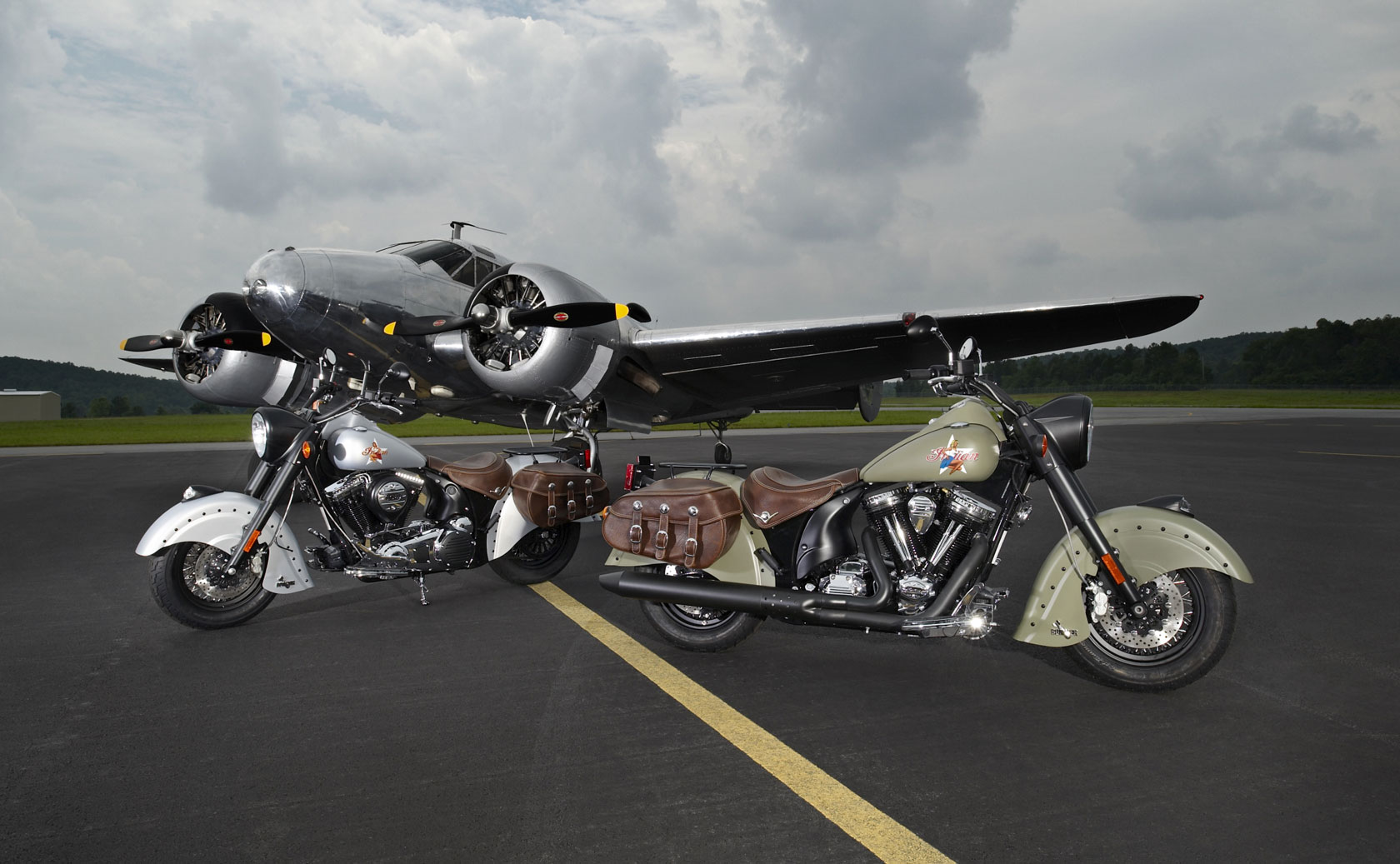 Indian Chief Bomber Limited Edition 2010 images #99405