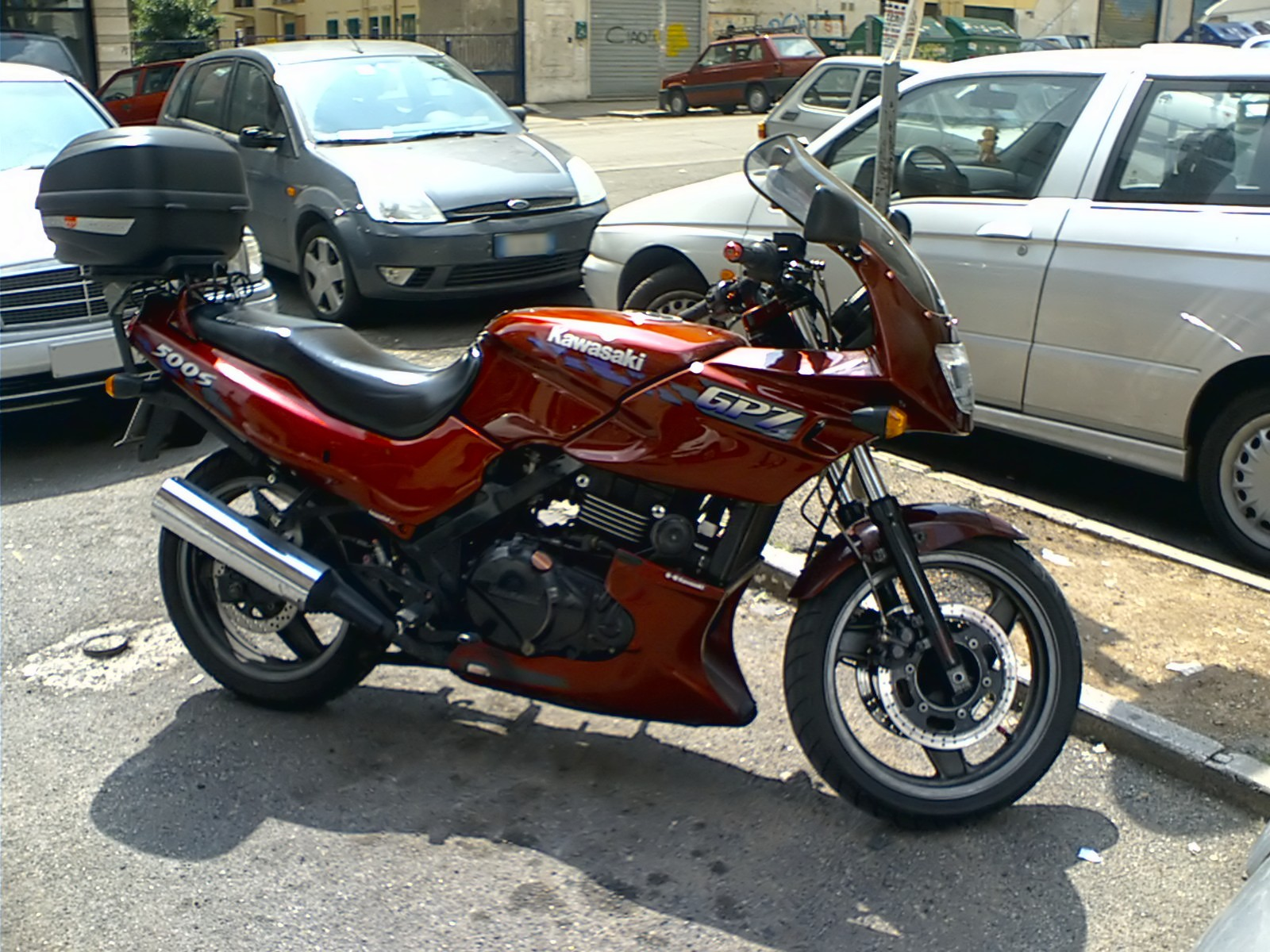 1985 kawasaki gpz 500 pics specs and information. Black Bedroom Furniture Sets. Home Design Ideas