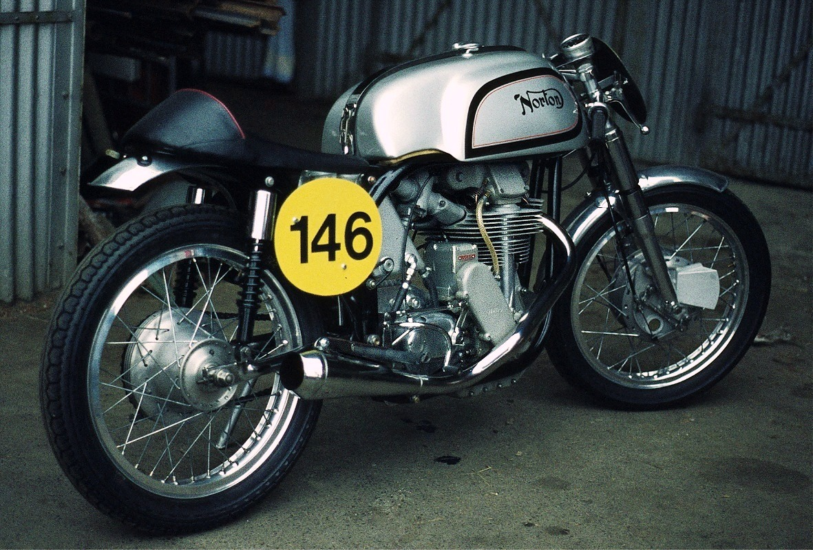 Norton Cafe Racer 750 2004 images #118168
