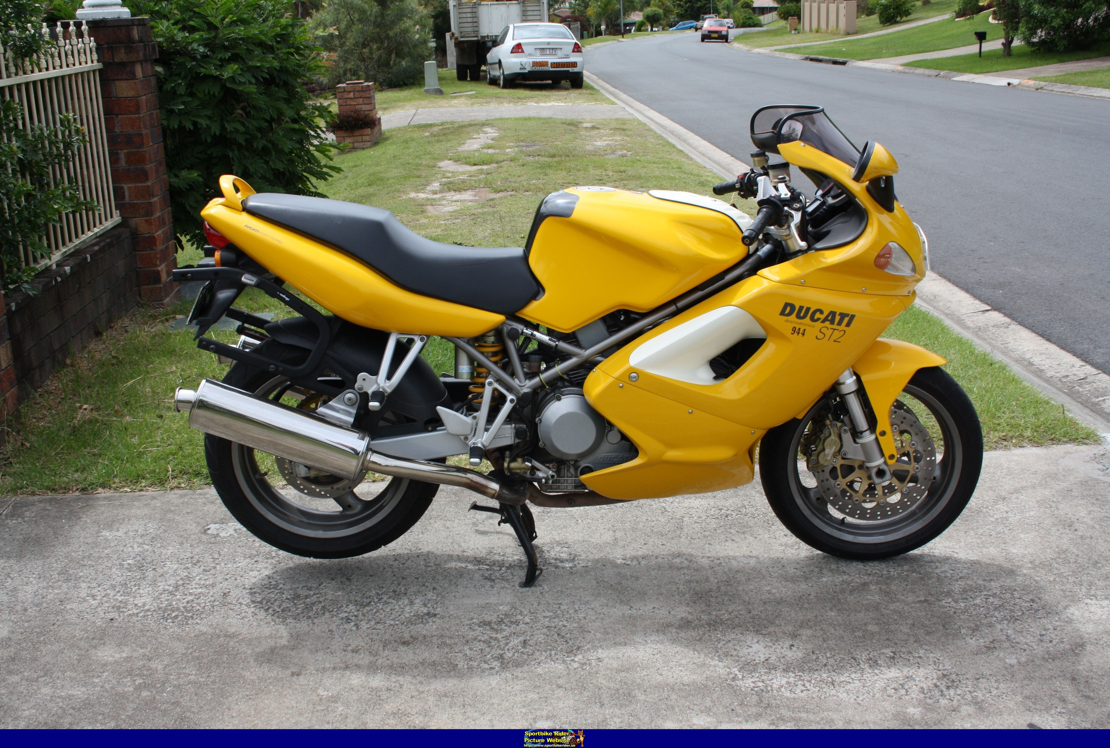 Ducati ST2 2001 wallpapers #11657