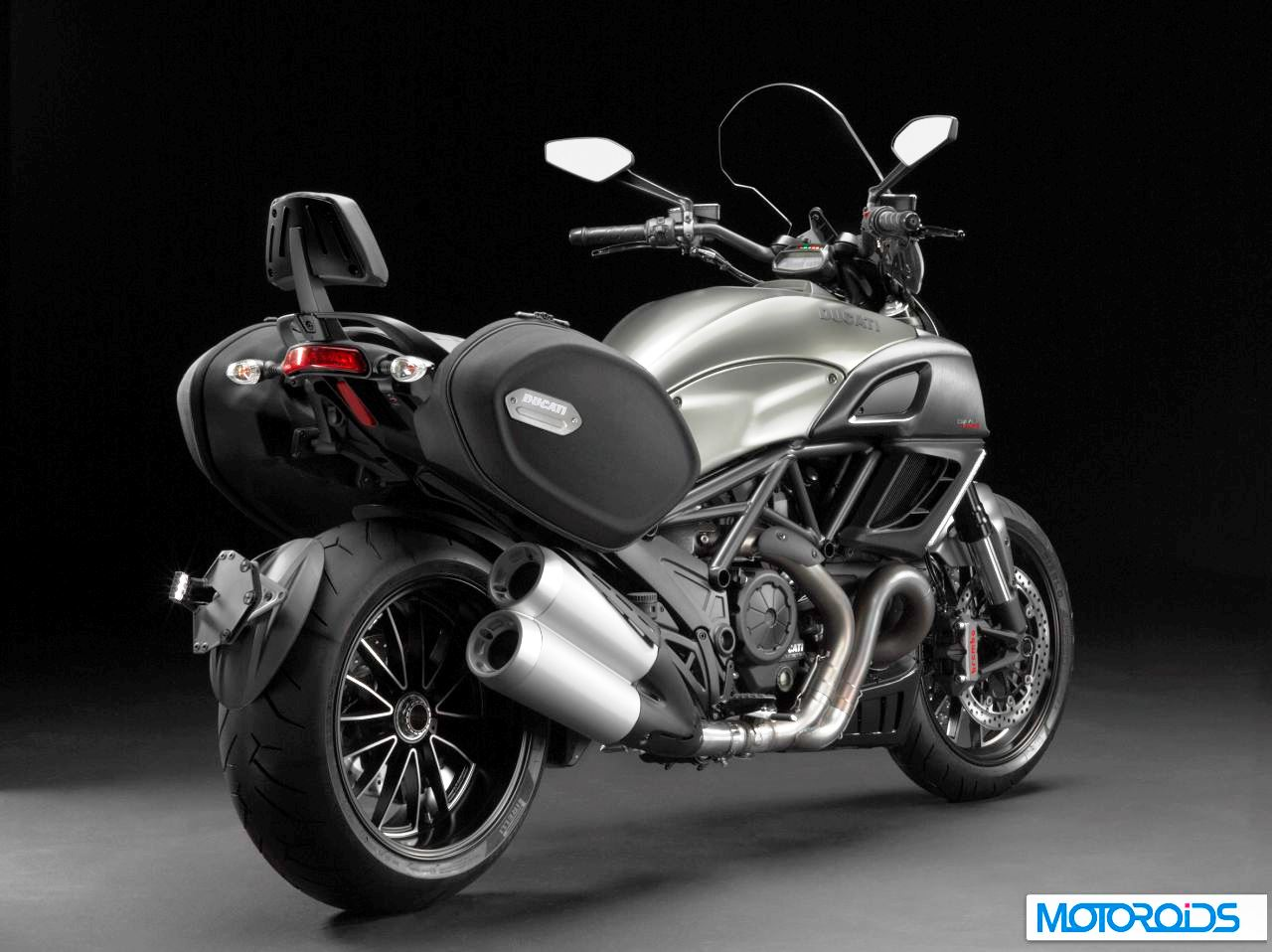 Ducati Diavel Strada 2013 wallpapers #12752