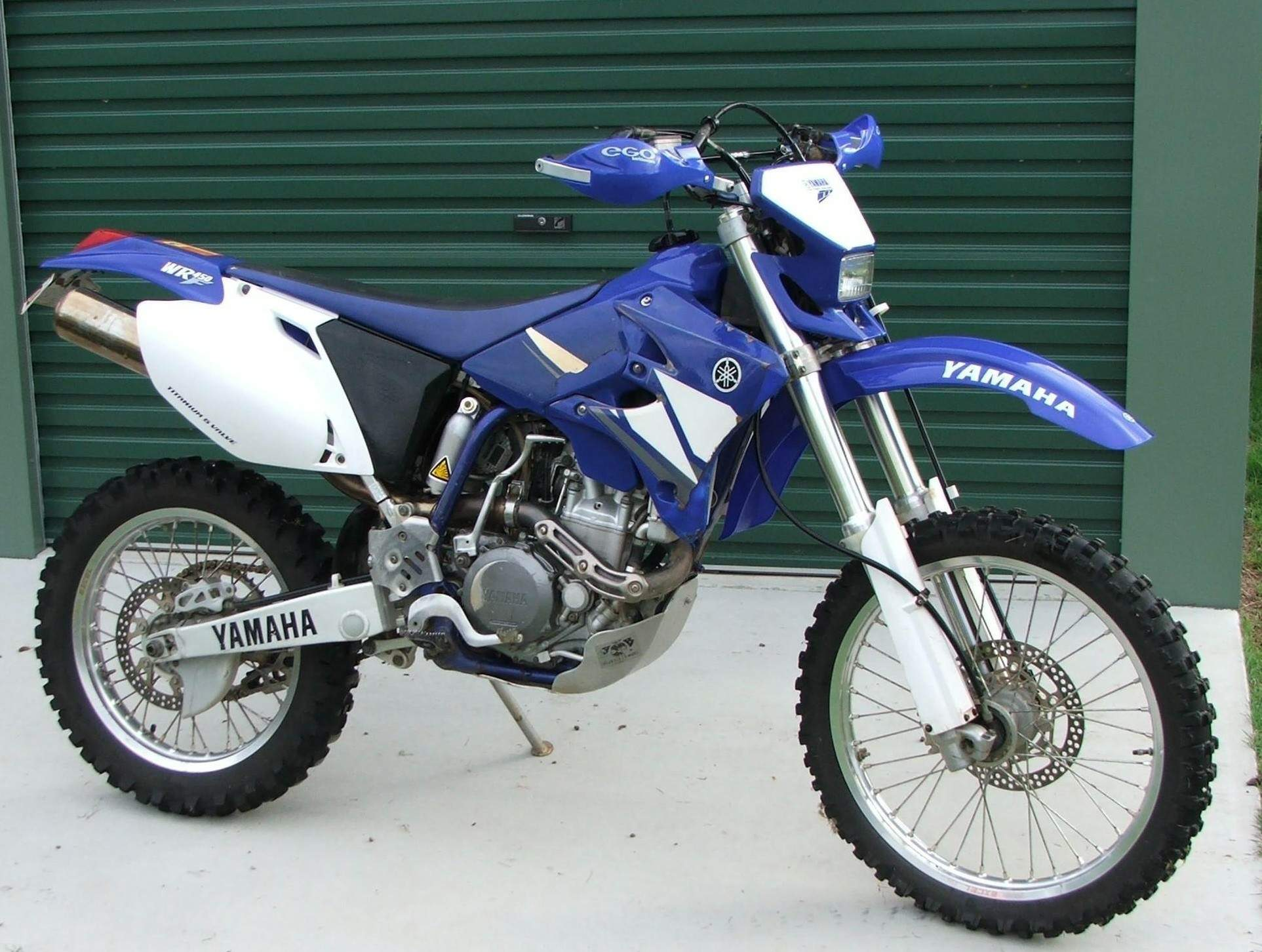 2004 yamaha wr 450 f pics specs and information. Black Bedroom Furniture Sets. Home Design Ideas