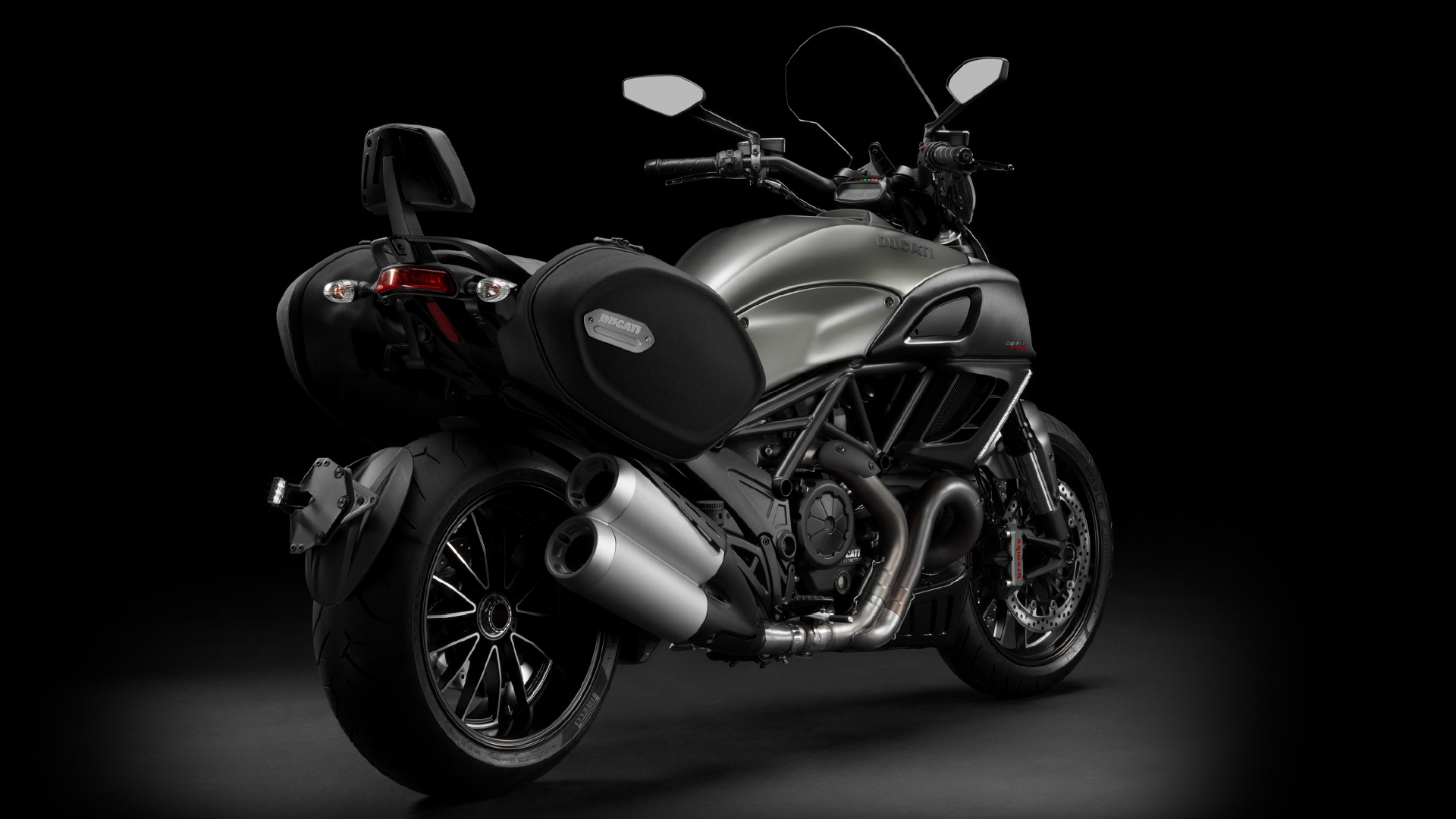 Ducati Diavel Strada 2013 wallpapers #12753
