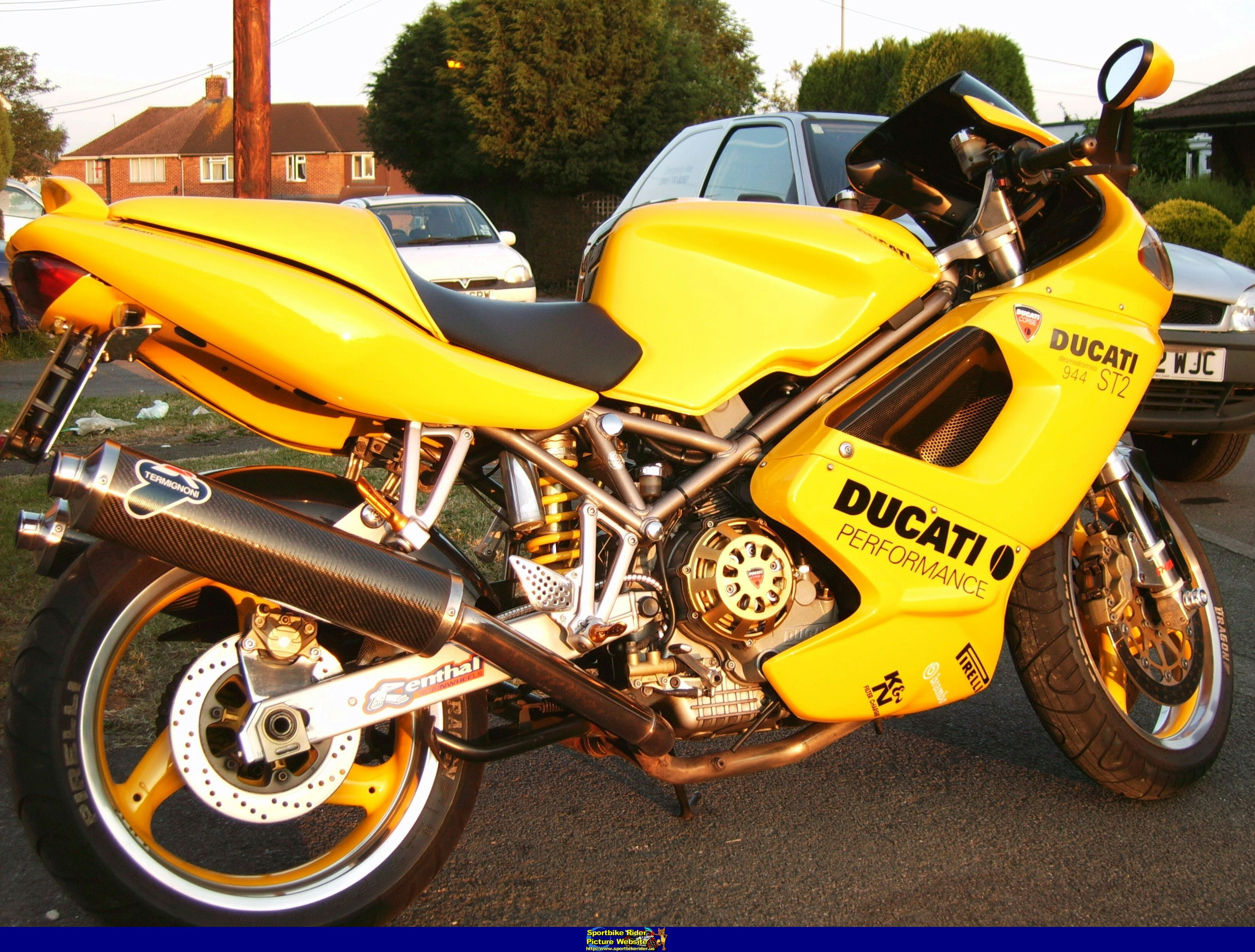 Ducati ST2 2001 wallpapers #11659