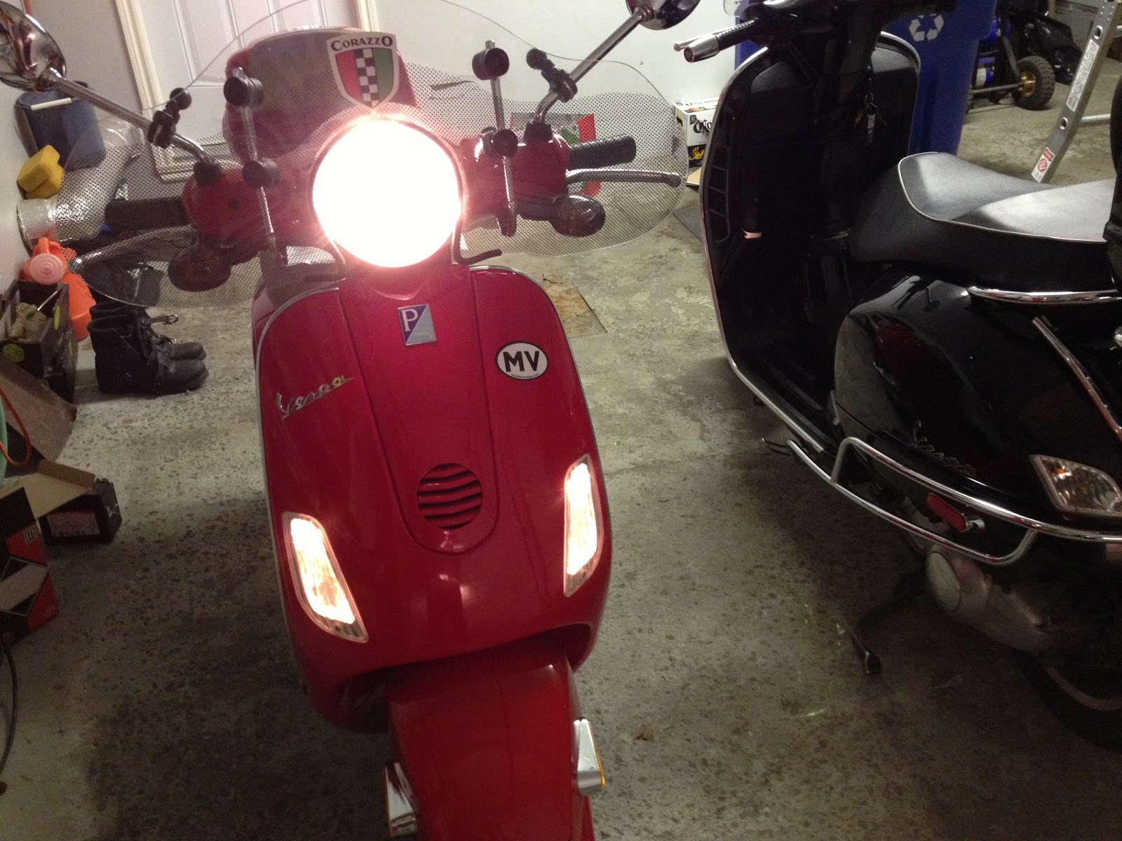 Vespa LX Rosa Chic 150 2011 wallpapers #130099