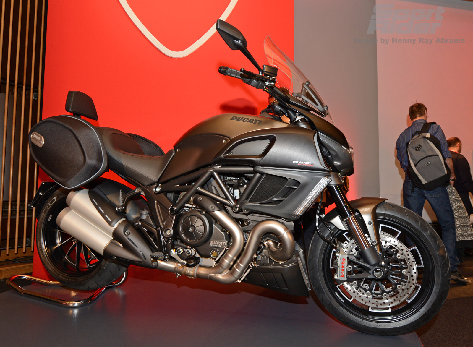 Ducati Diavel Strada 2013 wallpapers #12754