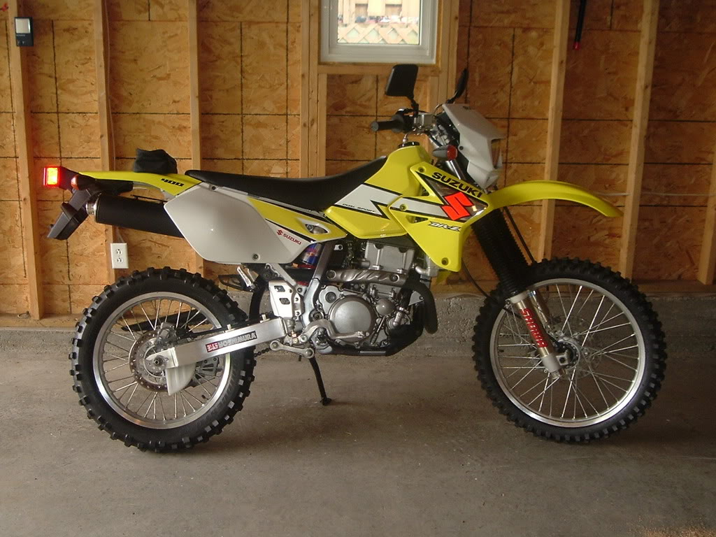 2003 suzuki dr z 400 s pics specs and information. Black Bedroom Furniture Sets. Home Design Ideas