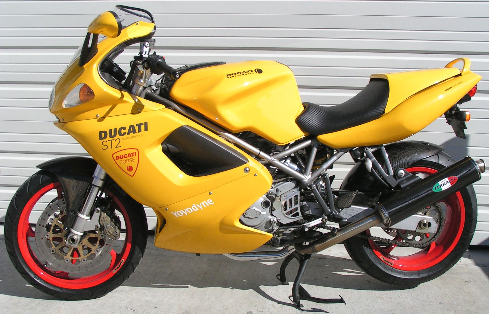 Ducati ST2 2001 wallpapers #11661