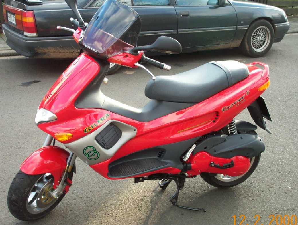 2000 gilera runner fxr 180 pics specs and information. Black Bedroom Furniture Sets. Home Design Ideas