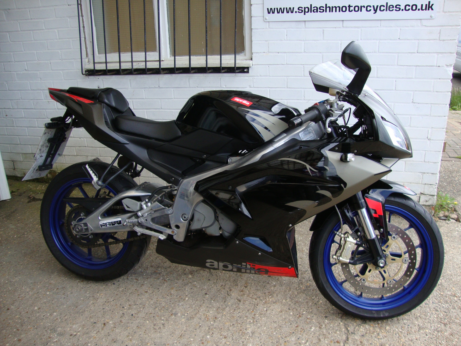 2007 aprilia rx 125 pics specs and information. Black Bedroom Furniture Sets. Home Design Ideas