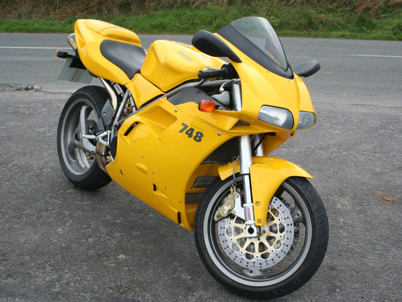Ducati 748 Biposto 1996 wallpapers #14142