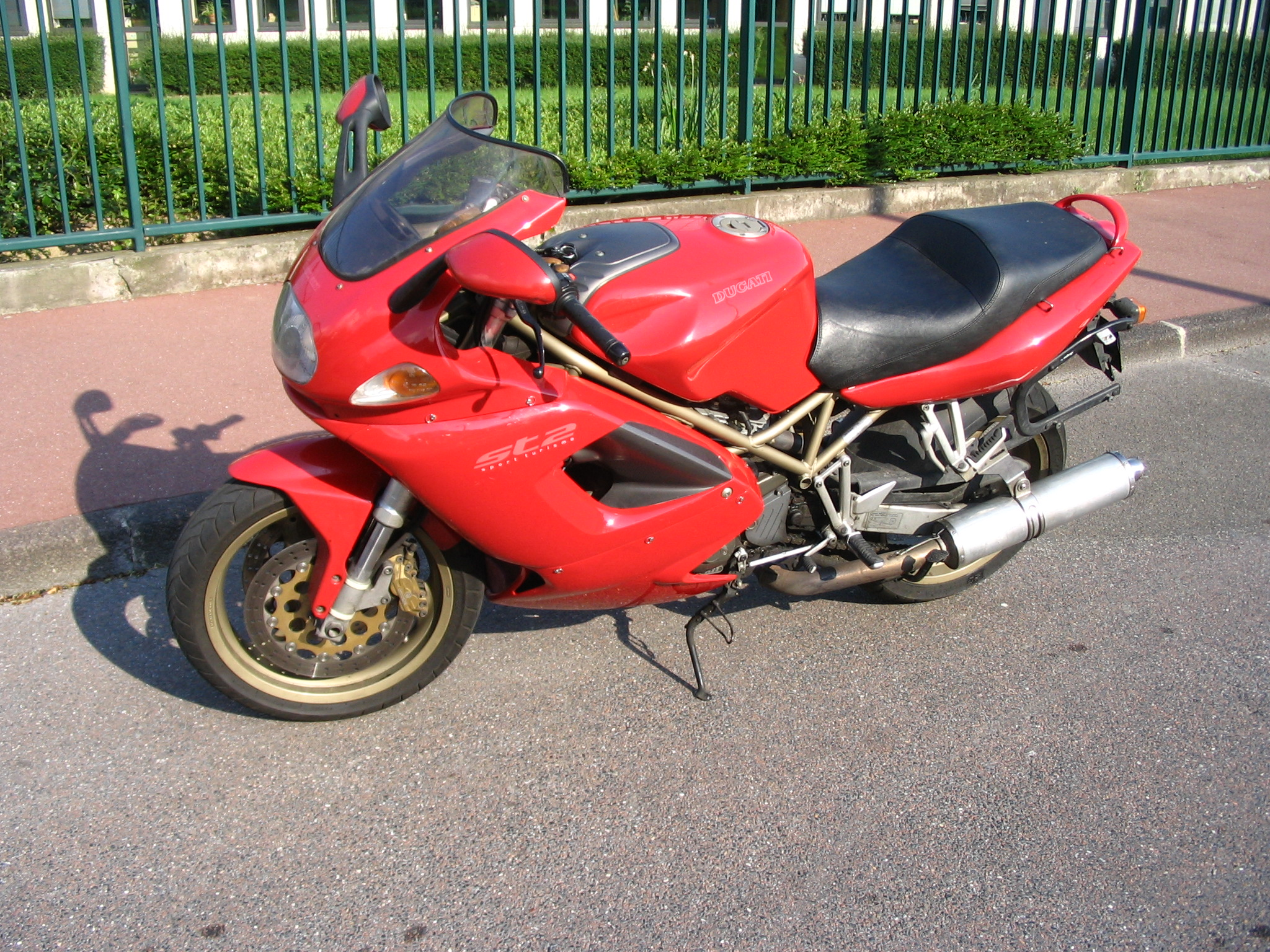 Ducati ST2 2001 wallpapers #11662