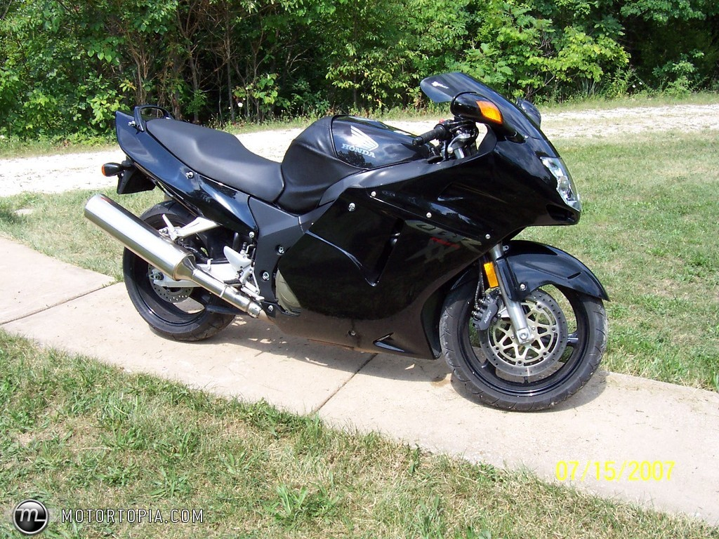 1999 honda cbr 1100 xx pics specs and information. Black Bedroom Furniture Sets. Home Design Ideas