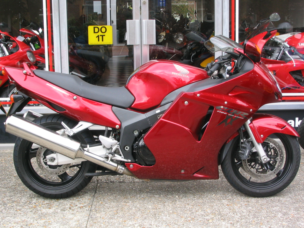 2007 honda cbr 1100 xx pics specs and information. Black Bedroom Furniture Sets. Home Design Ideas