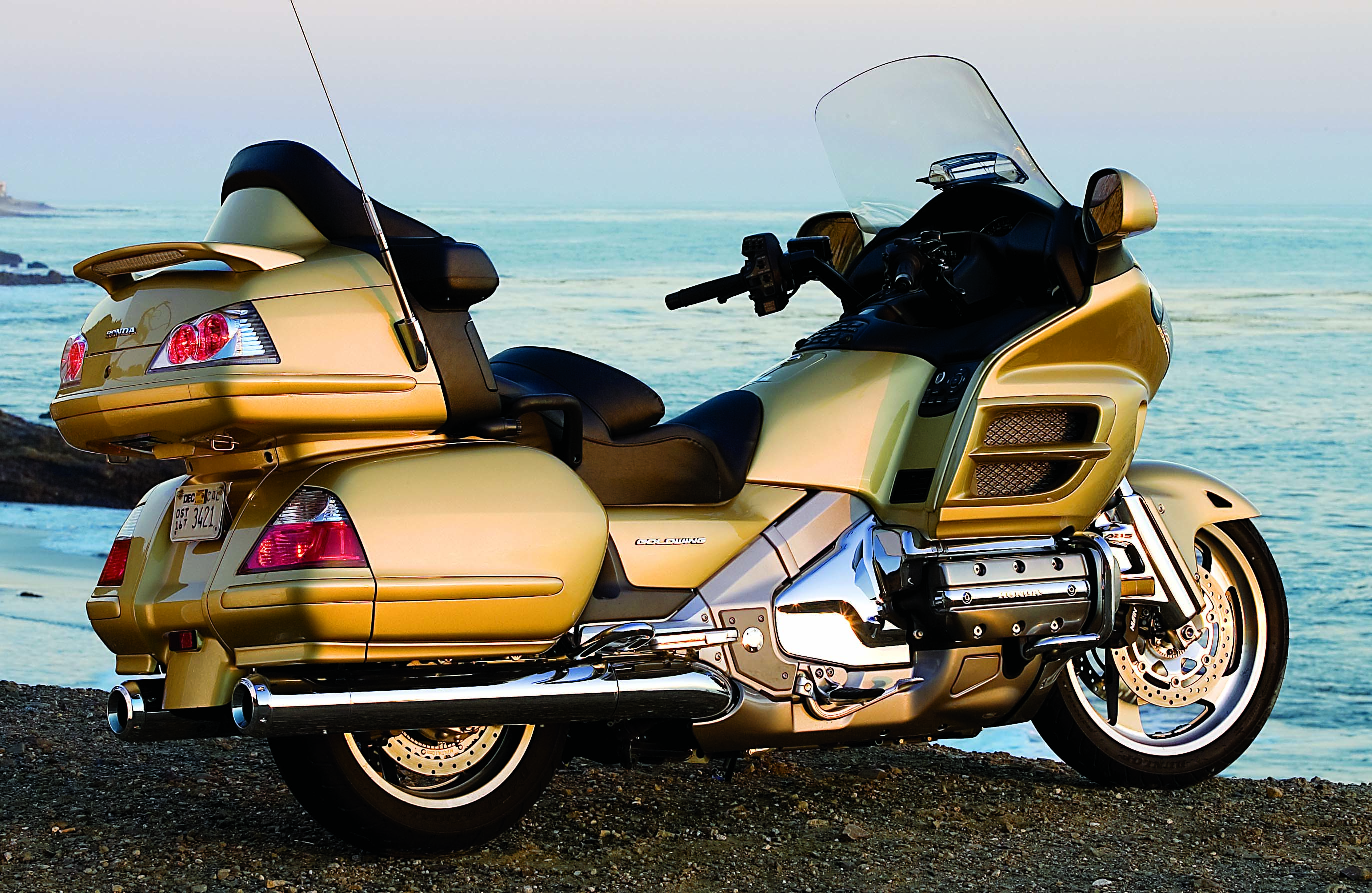 Honda GL 1800 Gold Wing images #82151