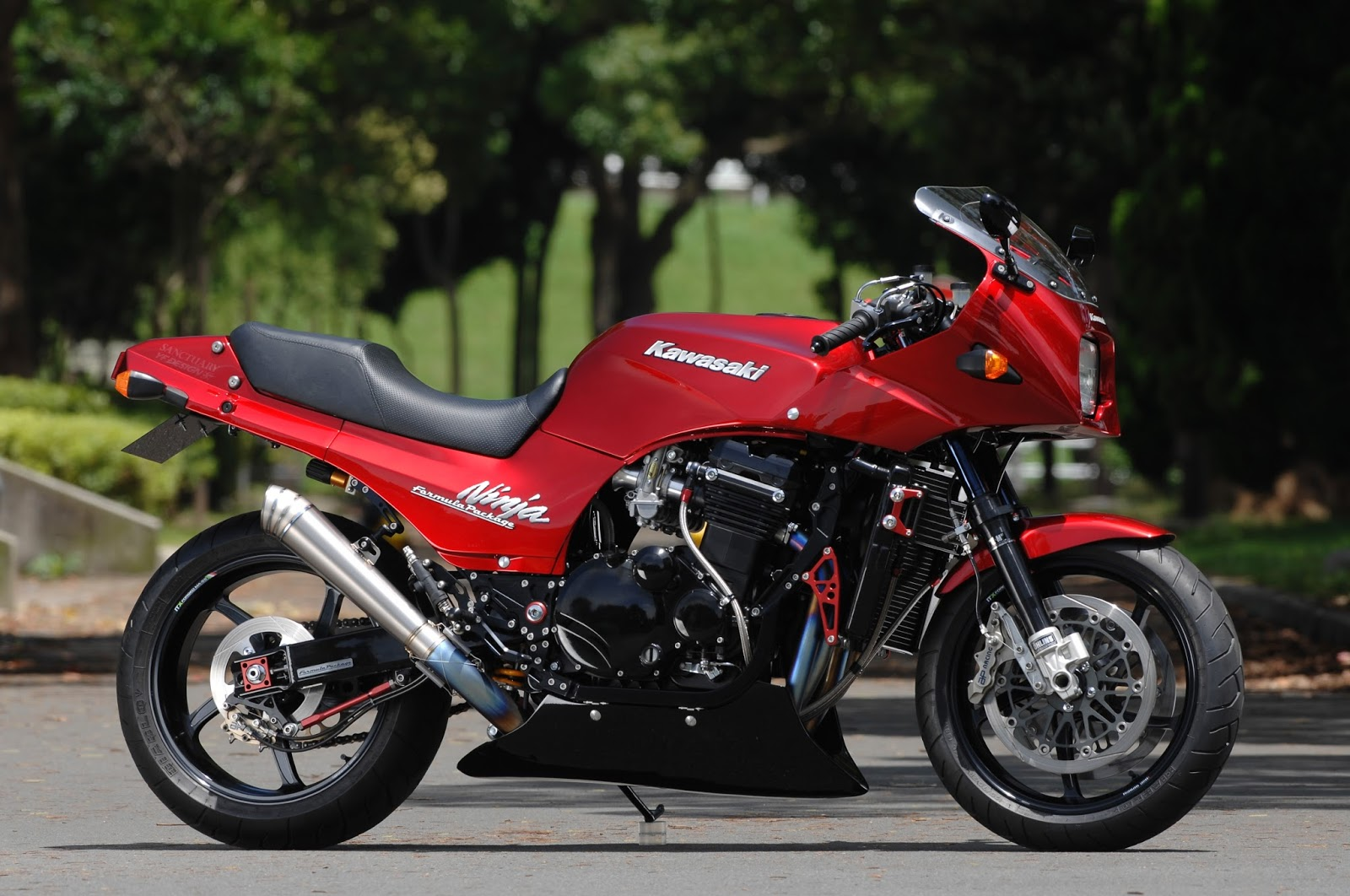 Kawasaki GPZ 900 R 1991 wallpapers #142598