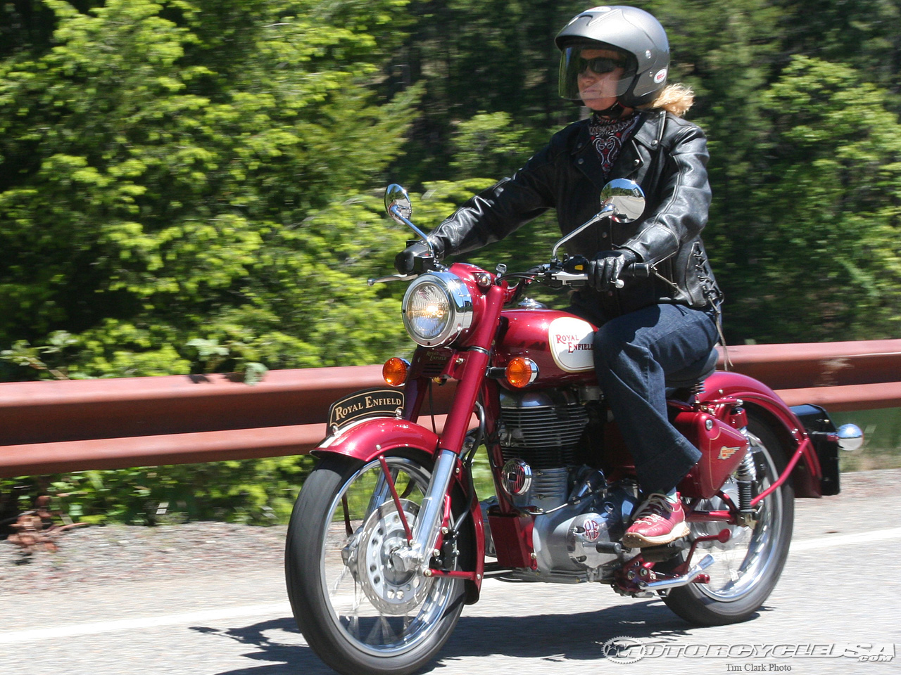 Royal Enfield Bullet C5 Classic EFI 2010 images #127528