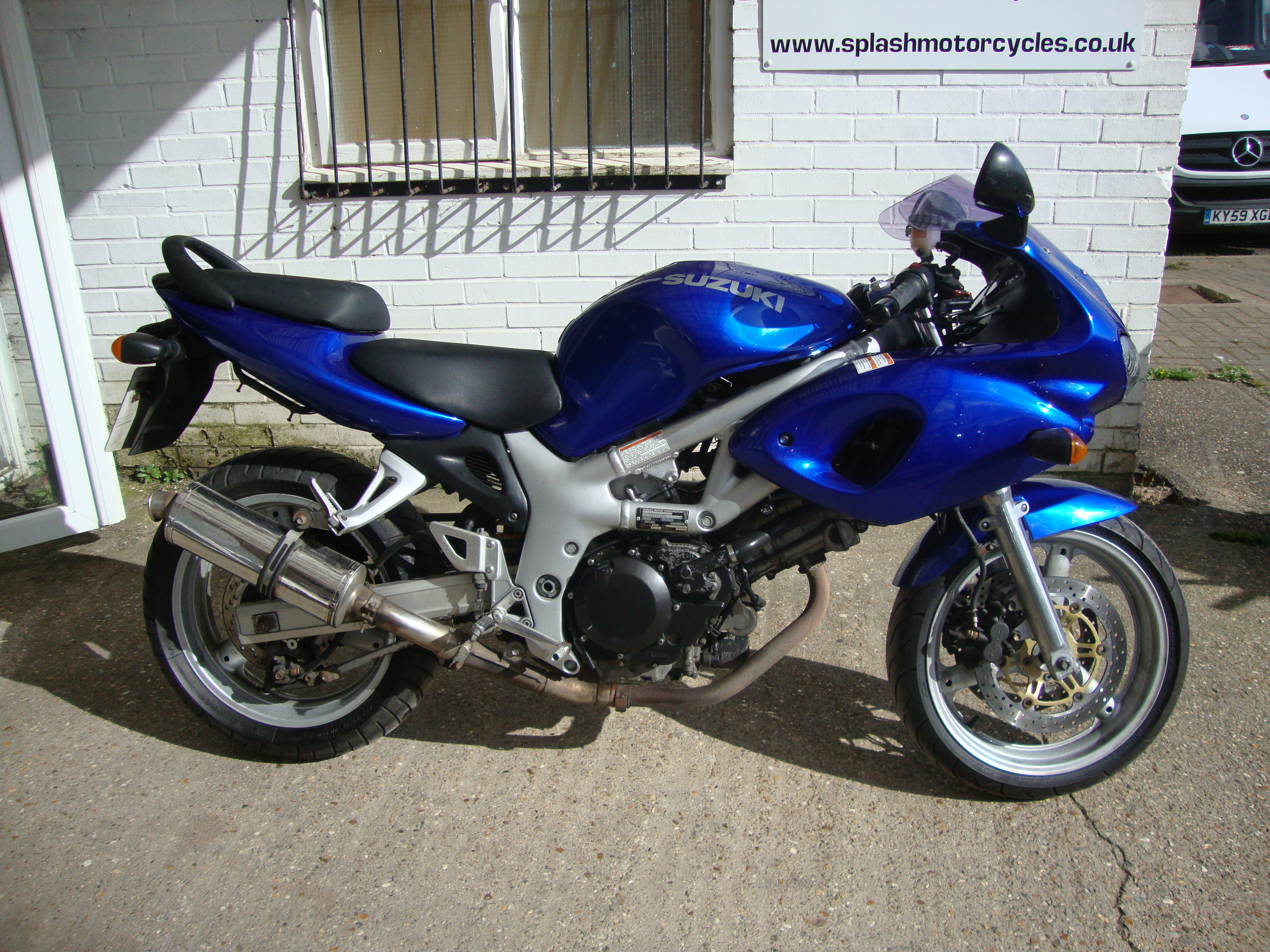 2000 suzuki sv 650 s pics specs and information. Black Bedroom Furniture Sets. Home Design Ideas