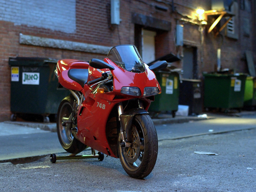 Ducati 748 Biposto 1996 wallpapers #14144