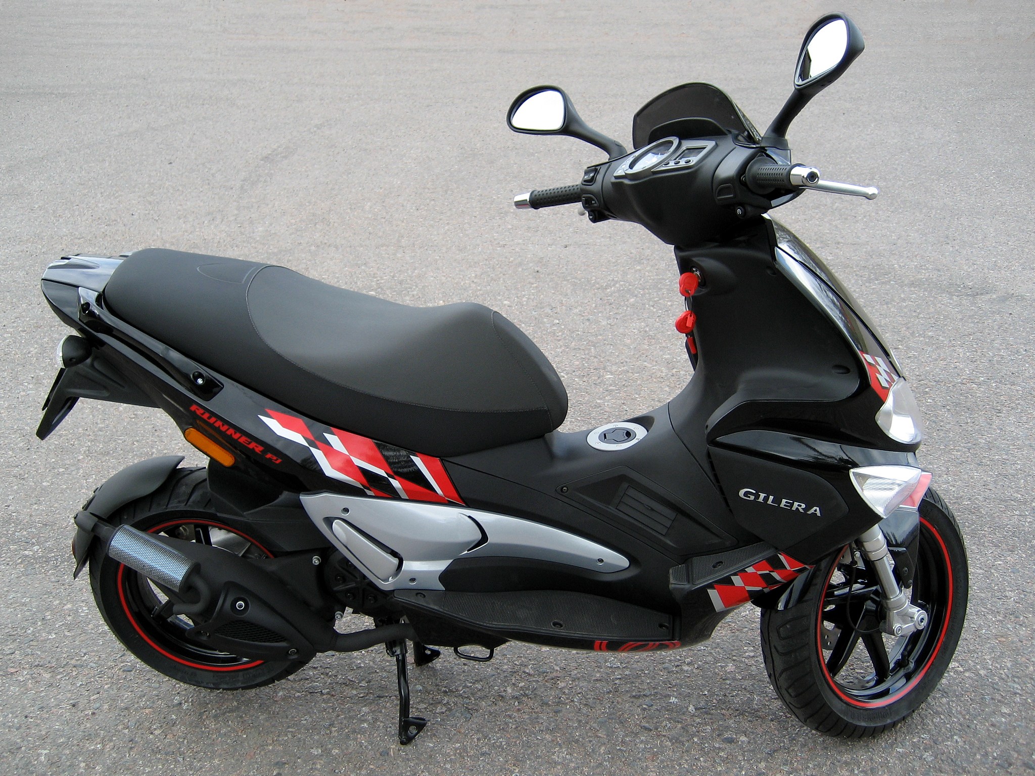 Gilera Runner 50 Black Soul 2015 images #76494