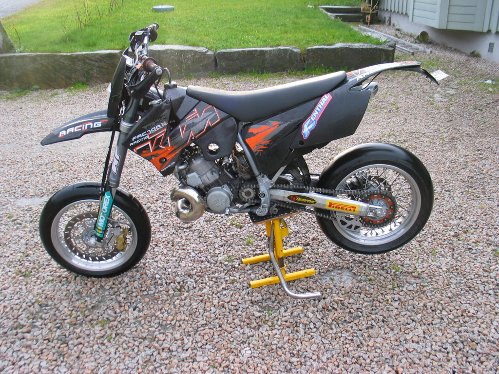 Back Download KTM 380 EXC Picture 11 Size 1024x768 Next