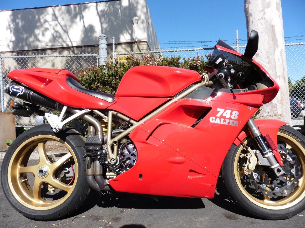1996 ducati 748 biposto pics specs and information. Black Bedroom Furniture Sets. Home Design Ideas